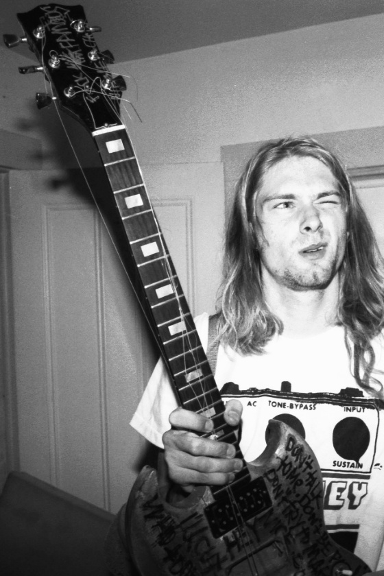 musica kurt cobain musique cult story fotogallery photo nirvana guitar
