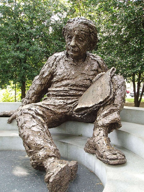 Albert Einstein monument cult usa washington cultgallery nobel
