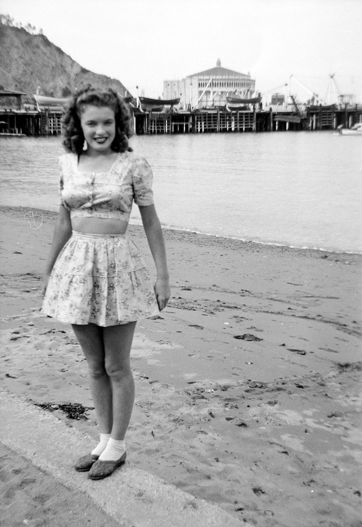 Marilyn Monroe, all'epoca Norma Jeane Doughtery, a 17 anni Norma Jeane Mortenson (Marilyn Monroe) 1943 cult stories cultgallery 17yo teen adolescente cult stories cultstories cinema cult story cultstory art culture music ipse dixit aneddoti citazioni frasi famose aforismi immagini foto personaggi cultura musica storie facts fatti celebrità vip cult marilyn monroe andy warhol marilyn monroe biographie marilyn monroe taille marilyn monroe andy warhol hda marilyn monroe poids marilyn monroe mensurations marilyn monroe films marilyn monroe birthday marilyn monroe biography marilyn monroe youtube marilyn monroe mort marilyn monroe wikipedia marilyn monroe andy warhol analyse marilyn monroe age marilyn monroe andy warhol 1967 marilyn monroe anniversaire marilyn monroe astrotheme marilyn monroe assassinat marilyn monroe avant marilyn monroe anglais marilyn monroe american dream a marilyn monroe piercing a marilyn monroe quote a marilyn monroe morreu de que a marilyn monroe dress a warhol marilyn monroe maquillage a la marilyn monroe marilyn monroe quote marilyn monroe phrases like a marilyn monroe einstein a marilyn monroe marilyn monroe a river of no return marilyn monroe a short biography marilyn monroe. a. warhol marilyn monroe a hoe marilyn monroe a que edad murio marilyn monroe a prostitute marilyn monroe a kennedy marilyn monroe a wise girl quotes marilyn monroe a racist marilyn monroe a film a marilyn monroe a famous marilyn monroe quotes marilyn monroe a little girl from little rock marilyn monroe a kiss on the hand marilyn monroe a hollywood marilyn monroe a wise girl knows her limits marilyn monroe a fine romance lyrics marilyn monroe a girl doesnt need anyone who doesnt need her hommage a marilyn monroe pull a marilyn monroe a marilyn monroe pasolini a marilyn monroe ernesto cardenal marilyn monroe biographie courte marilyn monroe brune marilyn monroe biographie en anglais marilyn monroe biography short marilyn monroe begue marilyn monroe by andy warhol marilyn monroe bus stop marilyn monroe biographie simple marilyn monroe b&w marilyn b monroe happy b day marilyn monroe sunday b morning marilyn monroe marilyn b monroe biography marilyn b monroe actress b&q marilyn monroe wallpaper b&q marilyn monroe picture marilyn monroe bday marilyn monroe b cup marilyn monroe chanel marilyn monroe chanteuse marilyn monroe corp marilyn monroe courte biographie marilyn monroe coiffure marilyn monroe chante marilyn monroe chanel n 5 marilyn monroe carrière marilyn monroe cause de sa mort marilyn monroe cimetière 9 marilyn monroe andy warhol 9 marilyn monroe andy warhol analyse marilyn monroe c est la société qui est moche richard c miller marilyn monroe marilyn monroe cdiscount m a c marilyn monroe collection 9 marilyn monroe musical figurine melanie c marilyn monroe marilyn monroe c-section marilyn monroe c cup marilyn monroe çantaları marilyn monroe çocuğu marilyn monroe çanta marilyn monroe çocuğu varmı marilyn monroe çeviri marilyn monroe çizim marilyn monroe çift kişilik nevresim marilyn monroe 9 toes marilyn monroe quotes çeviri marilyn monroe şarkı çevirileri behzat ç marilyn monroe marilyn monroe date de naissance marilyn monroe documentaire marilyn monroe décès marilyn monroe daddy marilyn monroe diamonds are a girl's best friend marilyn monroe diptyque marilyn monroe diamond marilyn monroe dessin marilyn monroe dernier film marilyn monroe dior d andy warhol marilyn monroe d ou vient marilyn monroe marilyn monroe d andy warhol hda frases de marilyn monroe d r marilyn monroe fotos d marilyn monroe marilyn monroe einstein marilyn monroe et yves montand marilyn monroe enfance marilyn monroe enceinte marilyn monroe en anglais marilyn monroe enterrement marilyn monroe exposé marilyn monroe et joe dimaggio marilyn monroe etudes marilyn monroe eye color 2. marilyn monroe marilyn monroe et jfk quem é marilyn monroe biografia e marilyn monroe è morta marilyn monroe marilyn monroe et john kennedy laurence olivier et marilyn monroe marilyn monroe et tony curtis chi è marilyn monroe elvis e marilyn monroe marilyn monroe époux marilyn monroe écrits intimes marilyn monroe était brune marilyn monroe études marilyn monroe égérie marilyn monroe écrits marilyn monroe élete marilyn monroe élete film marilyn monroe élete könyv marilyn monroe életrajzi film come é morta marilyn monroe é tudo ou nada marilyn monroe quando é morta marilyn monroe marilyn monroe é de que ano com'é morta marilyn monroe marilyn monroe é viva marilyn monroe è morta marilyn monroe è viva marilyn monroe 7 ans de reflexion marilyn monroe 7 year itch quotes marilyn monroe 7 year itch barbie marilyn monroe 7 marilyn monroe 7 year itch doll marilyn monroe 7 year itch photos marilyn monroe 7 year itch pictures marilyn monroe 7 year itch poster è vero che marilyn monroe aveva 6 dita è vero che marilyn monroe aveva la 46 è vero che marilyn monroe portava la 46 quando è morta marilyn monroe perchè è morta marilyn monroe marilyn monroe è stata uccisa quanto è alta marilyn monroe marilyn monroe filmography marilyn monroe facebook marilyn monroe fragments marilyn monroe famille marilyn monroe fidel castro marilyn monroe fond d'écran marilyn monroe films les plus connus marilyn monroe francais marilyn monroe forum john f kennedy marilyn monroe scandal john f kennedy marilyn monroe conspiracy john f kennedy marilyn monroe relationship john f kennedy marilyn monroe death robert f kennedy marilyn monroe affair john f kennedy marilyn monroe video darryl f. zanuck marilyn monroe john f kennedy marilyn monroe wiki john f kennedy marilyn monroe child j f k marilyn monroe marilyn monroe guerre corée marilyn monroe gif marilyn monroe golden globes marilyn monroe grave marilyn monroe galerie de l'instant marilyn monroe gallery marilyn monroe grandeur nature marilyn monroe gentlemen prefer blondes marilyn monroe grossesse marilyn monroe gauchère g dragon marilyn monroe shirt edward g robinson marilyn monroe d&g marilyn monroe t s-h-i-r-t d&g marilyn monroe dress price d&g marilyn monroe dress g eazy marilyn monroe lg optimus g marilyn monroe case marilyn monroe g eazy lyrics marilyn monroe g i r l marilyn monroe g eazy mp3 marilyn monroe hda marilyn monroe happy marilyn monroe happy birthday mr president marilyn monroe histoire marilyn monroe heroine marilyn monroe house marilyn monroe happy birthday mp3 marilyn monroe hero marilyn monroe hobbies marilyn monroe hd milton h greene marilyn monroe milton h greene marilyn monroe ballerina milton h greene marilyn monroe photos h&m marilyn monroe top h&m marilyn monroe h&m marilyn monroe sweater h istoria ths marilyn monroe donald h wolfe marilyn monroe donald h wolfe marilyn monroe investigacion de un asesinato marilyn monroe h extremo marilyn monroe interview marilyn monroe i'm through with love marilyn monroe i wanna be loved by you marilyn monroe images marilyn monroe in english marilyn monroe imdb marilyn monroe icon marilyn monroe it's oh so quiet marilyn monroe i'm thru with love marilyn monroe italiano is marilyn monroe's mole real is marilyn monroe in the dior commercial is marilyn monroe illuminati is marilyn monroe fat is marilyn monroe gay is marilyn monroe racist is marilyn monroe hot is marilyn monroe smart is marilyn monroe a prostitute is marilyn monroe an icon marilyn monroe i wanna be loved by you lyrics marilyn monroe i wanna be loved by you mp3 marilyn monroe i james rosenquist marilyn monroe i wanna be loved by you download marilyn monroe i ll die for you thanks marilyn monroe i wanna be loved by you chords marilyn monroe i sorry so sorry i marilyn monroe i believe marilyn monroe i selfish marilyn monroe i love marilyn monroe i'm pretty marilyn monroe quote i'm impatient marilyn monroe quote i am marilyn monroe einstein i marilyn monroe i admire marilyn monroe i'm his marilyn monroe marilyn monroe jupe marilyn monroe jeune marilyn monroe joyeux anniversaire marilyn monroe james dean marilyn monroe jean marilyn monroe journal marilyn monroe jfk happy birthday video marilyn monroe james rosenquist marilyn monroe jambes marilyn monroe jeunesse j seward johnson marilyn monroe j adore dior ad marilyn monroe j kennedy marilyn monroe j'adore marilyn monroe commercial song j'adore marilyn monroe grace kelly j lo marilyn monroe j'adore advert marilyn monroe jrandy taraborelli marilyn monroe j. randy taraborrelli - marilyn monroe ve bilinmeyen hayatı marilyn monroe karaoke marilyn monroe kennedy happy birthday marilyn monroe kennedy wiki marilyn monroe kennedy birthday video marilyn monroe kimdir marilyn monroe kleid marilyn monroe kleidergröße marilyn monroe korea marilyn monroe keep smiling marilyn monroe kleidung kim k marilyn monroe kim k marilyn monroe moment john f k marilyn monroe stephanie k marilyn monroe marilyn monroe på dr k marilyn monroe lyrics marilyn monroe livre marilyn monroe le prince et la danseuse marilyn monroe le film marilyn monroe lettre marilyn monroe laurence olivier marilyn monroe la rivière sans retour marilyn monroe look marilyn monroe life marilyn monroe lyrics nicki minaj marilyn monroe my heart belongs to daddy marilyn monroe maquillage marilyn monroe movies marilyn monroe mort de quoi marilyn monroe mort a quel age marilyn monroe mariage marilyn monroe makeup marilyn monroe mister president marilyn monroe marilyn monroe nicki minaj marilyn monroe niagara marilyn monroe nicki minaj lyrics marilyn monroe new york marilyn monroe normand hodges marilyn monroe nicki minaj traduction marilyn monroe niagara photo marilyn monroe norma jeane marilyn monroe no makeup marilyn monroe net worth marilyn monroe n est pas morte chanel n 5 marilyn monroe pub chanel n 5 marilyn monroe chanel n 5 marilyn monroe youtube marilyn monroe and jfk marilyn monroe n foto in rou smierc marilyn m monroe arquivo n marilyn monroe marilyn monroe oeuvre marilyn monroe ou einstein marilyn monroe one silver dollar marilyn monroe ou albert einstein marilyn monroe oeuvre andy warhol marilyn monroe objet marilyn monroe ou habitait elle marilyn monroe oscar 1951 marilyn monroe or einstein marilyn monroe oscars photos of marilyn monroe image of marilyn monroe description of marilyn monroe of marilyn monroe film o marilyn monroe książki o marilyn monroe jackie o marilyn monroe pictures of marilyn monroe biography of marilyn monroe quotes of marilyn monroe marilyn monroe o henry's full house marilyn monroe o brigitte bardot marilyn monroe o maria felix marilyn monroe o pensador marilyn monroe o principe encantado marilyn monroe o filme marilyn monroe o audrey hepburn marilyn monroe o fim dos dias marilyn monroe o mito marilyn monroe or elizabeth taylor o marilyn monroe filmy o marilyn monroe ciekawostki o marilyn monroe książka o marilyn monroe wszystko o marilyn monroe film o marilyn monroe 2012 o pensador marilyn monroe marilyn monroe ölümü marilyn monroe ölüm nedeni marilyn monroe ölüm sebebi marilyn monroe ölümünden sonraki hali marilyn monroe ölüm fotoğrafları marilyn monroe ölümü illuminati marilyn monroe ölüm videosu marilyn monroe ölüm marilyn monroe öldükten sonraki hali marilyn monroe ölçüleri marilyn monroe ö marilyn monroe pharrell lyrics marilyn monroe pharrell marilyn monroe photo marilyn monroe par andy warhol marilyn monroe pop art hda marilyn monroe peinture marilyn monroe pharrell williams paroles marilyn monroe portrait p nk marilyn monroe horst p horst marilyn monroe p kennedy marilyn monroe arthur p. jacobs marilyn monroe marilyn monroe quotes marilyn monroe qi marilyn monroe qui fume marilyn monroe qi 168 marilyn monroe qui chante happy birthday marilyn monroe quand la ville dort marilyn monroe quotes about love marilyn monroe quotes tumblr marilyn monroe quotes translated french marilyn monroe quote tattoos de q murio marilyn monroe por q murio marilyn monroe de q muere marilyn monroe q dia murio marilyn monroe q dia nacio marilyn monroe marilyn monroe robe marilyn monroe river of no return marilyn monroe robe happy birthday marilyn monroe reportage marilyn monroe résumé marilyn monroe rousse marilyn monroe regime marilyn monroe rivière sans retour marilyn monroe running wild marilyn monroe remix r/marilyn monroe edward r murrow marilyn monroe john r. burton marilyn monroe j r eyerman marilyn monroe d&r marilyn monroe set d&r marilyn monroe defter marilyn monroe short biography marilyn monroe song marilyn monroe sa vie marilyn monroe surnom marilyn monroe sept ans de réflexion marilyn monroe style marilyn monroe statue marilyn monroe seven year itch marilyn monroe son histoire marilyn monroe sa famille marilyn monroe's life coque iphone 4 s marilyn monroe marilyn monroe's mother marilyn monroe's quotes filmy s marilyn monroe tričko s marilyn monroe film s marilyn monroe povlečení s marilyn monroe hodiny s marilyn monroe dárky s marilyn monroe marilyn monroe tableau marilyn monroe taille poids marilyn monroe tumblr marilyn monroe tableau andy warhol marilyn monroe tombe marilyn monroe tattoo marilyn monroe the final days marilyn monroe that old black magic marilyn monroe towers t shirt marilyn monroe t-shirt marilyn monroe femme t shirt marilyn monroe homme t shirt marilyn monroe moustache t shirt marilyn monroe eleven paris t shirt marilyn monroe squelette t shirt marilyn monroe lakers t mills marilyn monroe lyrics t shirt marilyn monroe miami heat t shirt marilyn monroe bulls marilyn monroe ukulele marilyn monroe une oeuvre de warhol marilyn monroe un jour un destin marilyn monroe uitspraken marilyn monroe umbrella marilyn monroe una mujer inteligente marilyn monroe und king kong retten die anatomie marilyn monroe unseen archives youtube marilyn monroe marilyn monroe uk dress size marilyn monroe usa us camera marilyn monroe 1955 us camera marilyn monroe us stamp marilyn monroe us president marilyn monroe us history marilyn monroe marilyn monroe u bahn marilyn monroe u bahn schacht haljine u stilu marilyn monroe marilyn monroe un hommage photographique marilyn monroe un autre regard marilyn monroe un icone marilyn monroe un hayatı marilyn monroe vikidia marilyn monroe vidéo marilyn monroe vie marilyn monroe vietnam marilyn monroe vrai nom marilyn monroe vs cleopatra marilyn monroe vie amoureuse marilyn monroe vetement marilyn monroe video youtube marilyn monroe vanessa paradis gta v marilyn monroe v&a marilyn monroe marilyn monroe v praze marilyn monroe v neck t shirts marilyn monroe v prahe marilyn monroe v-neck shirts marilyn monroe v neck shaw family archives v marilyn monroe llc marilyn monroe v jaze tolko devushki cleopatra vs marilyn monroe marilyn monroe warhol marilyn monroe william pharrell marilyn monroe warhol hda marilyn monroe wallpaper marilyn monroe when i fall in love marilyn monroe when love goes wrong marilyn monroe we heart it marilyn monroe williams marilyn monroe wanna be loved by you pokoj w stylu marilyn monroe w did marilyn monroe die movies w marilyn monroe w stylu marylin monroe my week w marilyn monroe sukienka w stylu marilyn monroe makijaż w stylu marilyn monroe sukienki w stylu marilyn monroe w jakich filmach grała marilyn monroe marilyn monroe w playboyu marilyn monroe xxl poster pelicula x marilyn monroe x rays of marilyn monroe mac x marilyn monroe mac x marilyn monroe collection x ray marilyn monroe x-small marilyn monroe costume raio x marilyn monroe rayos x marilyn monroe dax x marilyn monroe misfits x marilyn monroe fiend skull marilyn monroe yves montand marilyn monroe young marilyn monroe you'd be surprised marilyn monroe youtube happy birthday marilyn monroe yoga marilyn monroe youtube chanson marilyn monroe youtube diamonds marilyn monroe yves montand film marilyn monroe y albert einstein collin y marilyn monroe albert einstein y marilyn monroe jackie kennedy y marilyn monroe los kennedy y marilyn monroe colin clark y marilyn monroe einstein y marilyn monroe madonna y marilyn monroe elvis y marilyn monroe dimaggio y marilyn monroe colin y marilyn monroe marilyn monroe zodiac marilyn monroe zippo marilyn monroe zippo lighter marilyn monroe zitate marilyn monroe zelda marilyn monroe zyciorys marilyn monroe zippo lighter for sale marilyn monroe zip up hoodies zitate marilyn monroe english marilyn monroe zitate deutsch z twarzą marilyn monroe filmy z marilyn monroe z twarzą marilyn monroe chwyty film z marilyn monroe tydzień z marilyn monroe pościel z marilyn monroe gadżety z marilyn monroe z twarzą marilyn monroe chomikuj obrazy z marilyn monroe koszulki z marilyn monroe marilyn monroe 00 gauges marilyn monroe 0g plugs marilyn monroe 00 plugs marilyn monroe size 0 quote fake marilyn monroe size 0 quote snopes marilyn monroe size 0 fake marilyn monroe size 0 quote marilyn monroe dress 57 000 marilyn monroe 0 7 03 - marilyn monroe - when i fall in love size 0 marilyn monroe quote tosh.0 marilyn monroe size 0 marilyn monroe gauges tosh.0 marilyn monroe quote marilyn monroe 1967 marilyn monroe 1960 marilyn monroe 1967 analyse marilyn monroe 1955 marilyn monroe 1962 andy warhol marilyn monroe 1967 andy warhol marilyn monroe 1950s fashion 1. marilyn monroe #1 marilyn monroe quote 1. marilyn monroe playboy pics sims 1 marilyn monroe marilyn monroe 1 james rosenquist sims 1 marilyn monroe skin 1 channel marilyn monroe sims 1 marilyn monroe head pharell 1 marilyn monroe june 1 marilyn monroe marilyn monroe 2015 marilyn monroe 2012 marilyn monroe 24 great songs marilyn monroe 2001 marilyn monroe 20 golden greats marilyn monroe 2013 marilyn monroe 2013 movie marilyn monroe 27 club marilyn monroe 2011 movie marilyn monroe 2012 streaming sims 2 marilyn monroe download france 2 marilyn monroe reportage france 2 marilyn monroe embleme black ops 2 marilyn monroe sims 2 marilyn monroe dress 2/5 marilyn monroe su vida sims 2 marilyn monroe hair radio 2 marilyn monroe blonde 2 marilyn monroe marilyn monroe 3d marilyn monroe 3d poster marilyn monroe 33 tours marilyn monroe 34 marilyn monroe 3d model marilyn monroe 36 años marilyn monroe 32 cent stamp marilyn monroe 3 olives vodka marilyn monroe 3 olives marilyn monroes 3rd husband 3 marilyn monroe court parkwood 3 marilyn monroe parkwood sims 3 marilyn monroe sims 3 marilyn monroe download sims 3 marilyn monroe poses sims 3 marilyn monroe hair sims 3 marilyn monroe dress 3 husbands marilyn monroe fallout 3 marilyn monroe 3 olives marilyn monroe marilyn monroe 44 marilyn monroe 4 couleurs marilyn monroe 45 record marilyn monroe 4 pics 1 word marilyn monroe 49ers marilyn monroe 48 hours marilyn monroe 44 beden marilyn monroe 4 colors marilyn monroe 444 east 57th street marilyn monroe 40 4 marilyn monroe andy warhol coque iphone 4 marilyn monroe housse iphone 4 marilyn monroe photo 4 couleurs marilyn monroe coque pour iphone 4 marilyn monroe more 4 marilyn monroe documentary iphone 4 marilyn monroe wallpaper iphone 4 marilyn monroe cover 4 pictures of marilyn monroe 4 pics 1 word marilyn monroe smiley faces marilyn monroe 50s marilyn monroe 50s fashion marilyn monroe 50th anniversary edition book and dvd marilyn monroe 5th helena drive marilyn monroe 5 minutes marilyn monroe 5 dollar coin marilyn monroe 50s style marilyn monroe 57th street marilyn monroe 5 mars 1962 marilyn monroe 50 años chanel 5 marilyn monroe gta 5 marilyn monroe chanel 5 marilyn monroe youtube chanel 5 marilyn monroe quote pub chanel 5 marilyn monroe coque iphone 5 marilyn monroe pub chanel 5 marilyn monroe musique top 5 marilyn monroe movies iphone 5 marilyn monroe marilyn monroe 60s fashion marilyn monroe 6 zehen marilyn monroe 6 parmak marilyn monroe 6 dedos marilyn monroe 6 ayak parmağı marilyn monroe 6 parmaklı mı marilyn monroe 6 dita marilyn monroe 6 tenen marilyn monroe 6 ayak parmakları marilyn monroe 6 dita in un piede 6 fingers marilyn monroe 6 dita marilyn monroe 6 zehen marilyn monroe 6 tenen marilyn monroe 6 parmaklı marilyn monroe 6 dedos marilyn monroe society6 marilyn monroe 6 facts about marilyn monroe marilyn monroe 7 year itch dress marilyn monroe 7 year itch collector plate marilyn monroe 720p marilyn monroe 78 record windows 7 marilyn monroe theme 7 ans de reflexion marilyn monroe streaming 7 year itch marilyn monroe dress 7 dias marilyn monroe 7 sirens marilyn monroe emmanuelle 7 marilyn monroe marilyn monroe 80s marilyn monroe 8x10 photos marilyn monroe 80th anniversary collection dvd marilyn monroe 87 birthday marilyn monroe 8mm film marilyn monroe 8x10 marilyn monroe 80th birthday silver coin marilyn monroe 87th birthday marilyn monroe 89 merlot marilyn monroe 85th birthday celebration size 8 marilyn monroe size 8 marilyn monroe fancy dress 8 bit marilyn monroe 8 year drawing marilyn monroe marilyn monroe 8 marzo marilyn monroe 8 güzellik sırrı marilyn monroe 90s marilyn monroe 9gag marilyn monroe 90210 lyrics chrisette michele marilyn monroe 9th circuit marilyn monroe 90210 lyrics marilyn monroe 90410 marilyn monroe air max 90 les 9 marilyn monroe andy warhol histoire des arts andy warhol 9 marilyn monroe 1967 sector 9 marilyn monroe marilyn monroe 10pc auto accessories combo set marilyn monroe 1000 piece puzzle marilyn monroe 10 facts marilyn monroe 1080p marilyn monroe 100 facts marilyn monroe 10 disc collection marilyn monroe 100 years of movies stamps marilyn monroe 10 piece car set marilyn monroe 10 years old marilyn monroe 10 year drawing 10 marilyn monroe andy warhol 10 marilyn monroe histoire des arts 10 marilyn monroe facts 10 marilyn monroe quotes 10 portraits marilyn monroe andy warhol top 10 marilyn monroe movies top 10 marilyn monroe songs top 10 marilyn monroe top 10 marilyn monroe pictures top 10 marilyn monroe films