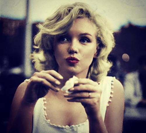 Nel 1999, l'American Film Institute ha inserito Marilyn Monroe nella lista delle più grandi star femminili di tutti i tempi, attribuendole il sesto posto. Marylin Monroe sweet cult dolce vulnerabile attrice cultstories stories vita life cult stories cultstories cinema cult story cultstory art culture music ipse dixit aneddoti citazioni frasi famose aforismi immagini foto personaggi cultura musica storie facts fatti celebrità vip cult marilyn monroe zitate marilyn monroe sprüche marilyn monroe kleid marilyn monroe kostüm marilyn monroe biografie marilyn monroe bilder marilyn monroe pharrell marilyn monroe lyrics marilyn monroe zitate deutsch marilyn monroe birthday marilyn monroe tot marilyn monroe andy warhol marilyn monroe alter marilyn monroe ausstellung marilyn monroe augenfarbe marilyn monroe ausstellung hameln marilyn monroe ausstellung halle marilyn monroe albert einstein picture marilyn monroe ausstellung berlin marilyn monroe arthur miller marilyn monroe american dream a marilyn monroe piercing a marilyn monroe quote a marilyn monroe morreu de que a marilyn monroe dress a marilyn monroe movie a warhol marilyn monroe a kiss marilyn monroe a list of marilyn monroe songs a song about marilyn monroe james dean a marilyn monroe marilyn monroe biography marilyn monroe buch marilyn monroe bus stop marilyn monroe bert stern marilyn monroe bh marilyn monroe brille marilyn monroe biografie film happy b day marilyn monroe sunday b morning marilyn monroe marilyn b monroe marilyn b monroe biography marilyn b monroe actress b&q marilyn monroe wallpaper b&q marilyn monroe picture marilyn monroe bday marilyn monroe b cup quotes b y marilyn monroe marilyn monroe chanel marilyn monroe charakter marilyn monroe chords marilyn monroe cytaty marilyn monroe colin clark marilyn monroe candle in the wind marilyn monroe cover marilyn monroe citati marilyn monroe collection m a c marilyn monroe collection melanie c marilyn monroe c'est qui marilyn monroe marilyn monroe c est la société qui est moche marilyn monroe c section scar c dans l'air marilyn monroe richard c miller marilyn monroe marilyn monroe c cup c marilyn monroe s n c marilyn monroe s n malaga marilyn monroe diamonds marilyn monroe death marilyn monroe doku marilyn monroe dress marilyn monroe deko marilyn monroe discography marilyn monroe druck marilyn monroe das verflixte siebte jahr marilyn monroe diamonds lyrics marilyn monroe deutsch de marilyn monroe muerte frases de marilyn monroe biografia de marilyn monroe vida de marilyn monroe mort de marilyn monroe peliculas de marilyn monroe medidas de marilyn monroe frases de marilyn monroe en español pelicula de marilyn monroe biografia de marilyn monroe en ingles marilyn monroe einstein marilyn monroe englisch marilyn monroe elvis marilyn monroe echter name marilyn monroe elvis presley james dean poster marilyn monroe englisch referat marilyn monroe eltern marilyn monroe englische zitate marilyn monroe eye makeup marilyn monroe ebay jeta e marilyn monroe vdekja e marilyn monroe e card marilyn monroe marilyn monroe kennedy biografia de marilyn monroe shqip a&e marilyn monroe documentary a&e marilyn monroe biography freud e marilyn monroe marilyn monroe elvis presley jfk e marilyn monroe marilyn monroe filme marilyn monroe frisur marilyn monroe facebook marilyn monroe figurtyp marilyn monroe filmography marilyn monroe foto marilyn monroe fototapete marilyn monroe film 2012 marilyn monroe familie marilyn monroe fanartikel john f kennedy marilyn monroe video john f kennedy marilyn monroe wiki john f kennedy marilyn monroe relationship robert f kennedy marilyn monroe relationship john f kennedy marilyn monroe picture john f kennedy marilyn monroe birthday j f k marilyn monroe john f kennedy marilyn monroe story marilyn monroe grab marilyn monroe geburtstag marilyn monroe geburtstagslied marilyn monroe galileo marilyn monroe geburtsort marilyn monroe gedichte marilyn monroe give a girl the right shoes and she can conquer the world marilyn monroe geschenke marilyn monroe grabstätte marilyn monroe george barris d&g marilyn monroe marilyn monroe g eazy lyrics d&g marilyn monroe t s-h-i-r-t g dragon marilyn monroe shirt d&g marilyn monroe dress price d&g marilyn monroe dress g eazy marilyn monroe lg optimus g marilyn monroe case edward g robinson marilyn monroe marilyn monroe g i r l marilyn monroe happy birthday mr president marilyn monroe hameln marilyn monroe haare marilyn monroe haus marilyn monroe happy birthday marilyn monroe halle marilyn monroe hose marilyn monroe horoskop marilyn monroe house marilyn monroe herkunft h&m marilyn monroe milton h greene marilyn monroe milton h greene marilyn monroe ballerina milton h greene marilyn monroe photos h&m marilyn monroe sweater h istoria ths marilyn monroe donald h wolfe marilyn monroe donald h wolfe marilyn monroe investigacion de un asesinato marilyn monroe h extremo marilyn monroe iq marilyn monroe imdb marilyn monroe i believe marilyn monroe information marilyn monroe intimates wiki marilyn monroe instrumental marilyn monroe instagram marilyn monroe ikone marilyn monroe imperfection is beauty deutsch marilyn monroe i'm thru with love i believe marilyn monroe i selfish marilyn monroe what is marilyn monroe by nicki minaj about is marilyn monroe dead was marilyn monroes mole real is marilyn monroe a hoe is marilyn monroe jewish is marilyn monroe in the dior commercial is marilyn monroe illuminati is marilyn monroe fat marilyn monroe james dean marilyn monroe joe dimaggio marilyn monroe jüdin marilyn monroe jfk happy birthday marilyn monroe jane russell marilyn monroe jfk happy birthday video marilyn monroe james dean elvis presley marilyn monroe john f kennedy dress marilyn monroe jayne mansfield marilyn monroe james dean poster j adore dior marilyn monroe j adore charlize theron marilyn monroe j f kennedy si marilyn monroe j kennedy marilyn monroe j'adore marilyn monroe commercial song j lo marilyn monroe j. randy taraborrelli - marilyn monroe ve bilinmeyen hayatı j'adore dior marilyn monroe making of j'adore dior marilyn monroe commercial song marilyn monroe kindheit marilyn monroe karriere marilyn monroe kunst marilyn monroe kleidung marilyn monroe kaugummi marilyn monroe krankheit marilyn monroe künstler marilyn monroe kurzbiografie kim k marilyn monroe kim k marilyn monroe moment stephanie k marilyn monroe john f k marilyn monroe marilyn monroe lyrics nicki marilyn monroe lebenslauf marilyn monroe lieder marilyn monroe leben marilyn monroe leiche marilyn monroe letzter film marilyn monroe lüftungsgitter marilyn monroe last sitting marilyn monroe look l'histoire de marilyn monroe marilyn monroe l quotes l'oreal marilyn monroe l actrice marilyn monroe l'enfance de marilyn monroe l'assassinat de marilyn monroe l'age de marilyn monroe l'altezza di marilyn monroe l'enterrement de marilyn monroe l'autopsia di marilyn monroe marilyn monroe makeup marilyn monroe music marilyn monroe my heart belongs to daddy marilyn monroe männer marilyn monroe muttermal marilyn monroe museum marilyn monroe movie marilyn monroe mit kaugummi marilyn monroe mr president marilyn monroe mac marilyn monroe marilyn monroe quotes marilyn monroe nicki minaj marilyn monroe name marilyn monroe new york marilyn monroe nicki minaj übersetzung marilyn monroe nicki minaj chords marilyn monroe nationalität marilyn monroe news marilyn monroe natural marilyn monroe net worth marilyn monroe nachlass chanel n 5 marilyn monroe marilyn monroe n est pas morte marilyn monroe n 5 marilyn monroe n'est pas morte patrick besson marilyn monroe and jfk chanel n 5 marilyn monroe pub marilyn monroe n foto in rou chanel n 5 marilyn monroe youtube chanel n 5 marilyn monroe pubblicità smierc marilyn m monroe marilyn monroe oscar marilyn monroe old marilyn monroe o2 marilyn monroe outfits marilyn monroe or albert einstein marilyn monroe or einstein marilyn monroe oder einstein marilyn monroe original unterschrift marilyn monroe oscar gewonnen marilyn monroe one silver dollar film o marilyn monroe filmy o marilyn monroe ciekawostki o marilyn monroe wszystko o marilyn monroe dokument o marilyn monroe ksiazki o marilyn monroe film o marilyn monroe 2011 informacje o marilyn monroe ksiazka o marilyn monroe wiersz o marilyn monroe marilyn monroe ölüm sebebi marilyn monroe ölümü marilyn monroe ölüm nedeni marilyn monroe ölüm marilyn monroe ölüm tarihi marilyn monroe öldü diyorum ona marilyn monroe ölüm videosu marilyn monroe özellikleri marilyn monroe öldü mü marilyn monroe ölümü nasıl oldu marilyn monroe ö marilyn monroe poster marilyn monroe pharrell williams lyrics marilyn monroe pharrell williams vimeo marilyn monroe portrait marilyn monroe privat marilyn monroe pappe marilyn monroe puzzle marilyn monroe parfum marilyn monroe pharrell williams youtube horst p horst marilyn monroe arthur p. jacobs marilyn monroe p nk marilyn monroe marilyn monroe quotes deutsch marilyn monroe quotes tumblr marilyn monroe quote always believe in yourself marilyn monroe quiz marilyn monroe quotes i believe everything happens for a reason marilyn monroe quotes and sayings marilyn monroe quotes about friends marilyn monroe quotes about smiling marilyn monroe quotes pictures q.i marilyn monroe q paso con marilyn monroe de q murio marilyn monroe por q murio marilyn monroe de q muere marilyn monroe q dia nacio marilyn monroe marilyn monroe referat marilyn monroe river of no return marilyn monroe remix marilyn monroe reportage marilyn monroe raucht marilyn monroe real name marilyn monroe rock film marilyn monroe referat englisch marilyn monroe real height marilyn monroe river of no return youtube r/marilyn monroe john r. burton marilyn monroe d r marilyn monroe edward r murrow marilyn monroe j r eyerman marilyn monroe d&r marilyn monroe set d&r marilyn monroe defter marilyn monroe song marilyn monroe style marilyn monroe sprüche englisch marilyn monroe schminke marilyn monroe songtext marilyn monroe sözleri marilyn monroe shirt marilyn monroe schuhe marilyn monroe stoff filmy s marilyn monroe tričko s marilyn monroe film s marilyn monroe povlečení s marilyn monroe hodiny s marilyn monroe dárky s marilyn monroe s'habiller comme marilyn monroe marilyn monroe's quotes marilyn monroe's measurements marilyn monroe's mother marilyn monroe beta slave marilyn monroe beta marilyn monroe beta kitten marilyn monroe tattoo marilyn monroe tumblr marilyn monroe teach me tiger marilyn monroe tapete marilyn monroe the last sitting marilyn monroe tattoo poster marilyn monroe t shirt marilyn monroe tot youtube marilyn monroe tattoos t shirt marilyn monroe t mills marilyn monroe lyrics t shirt marilyn monroe tattoo t shirt marilyn monroe bulls t. mills (black bear) - marilyn monroe t shirt marilyn monroe lakers t shirt marilyn monroe miami heat t shirt marilyn monroe moustache t shirt marilyn monroe gangster t-shirt marilyn monroe ebay marilyn monroe und albert einstein marilyn monroe ungeschminkt marilyn monroe und arthur miller marilyn monroe unterschrift marilyn monroe und die kamera marilyn monroe und james dean marilyn monroe und joe dimaggio marilyn monroe unterwäsche marilyn monroe ukulele marilyn monroe und king kong retten die anatomie marilyn monroe übersetzung marilyn monroe übersetzung nicki marilyn monroe zitate übersetzung pharrell marilyn monroe übersetzung marilyn monroe zitate über freundschaft marilyn monroe alles über eva marilyn monroe zitate über schönheit marilyn monroe film über ihr leben marilyn monroe zitate über frauen marilyn monroe zitate deutsch übersetzung marilyn monroe vater marilyn monroe von pharrell williams marilyn monroe vorbild marilyn monroe vermögen marilyn monroe vortrag marilyn monroe vikipedi marilyn monroe vimeo marilyn monroe vorhang marilyn monroe voice marilyn monroe villa marilyn monroe v praze výstava v praze marilyn monroe gta v marilyn monroe v&a marilyn monroe marilyn monroe v prahe marilyn monroe v-neck shirts marilyn monroe v neck shaw family archives v marilyn monroe llc marilyn monroe v jaze tolko devushki cleopatra vs marilyn monroe marilyn monroe wiki marilyn monroe warhol marilyn monroe wallpaper marilyn monroe wandbilder marilyn monroe western marilyn monroe we heart it marilyn monroe when i fall in love marilyn monroe white dress marilyn monroe workout marilyn monroe walk john w miner marilyn monroe marilyn monroe w filmie w did marilyn monroe die movies w marilyn monroe my week w marilyn monroe sukienka w stylu marilyn monroe makijaż w stylu marilyn monroe sukienki w stylu marilyn monroe w jakich filmach grała marilyn monroe marilyn monroe w playboyu htc one x marilyn monroe case htc one x marilyn monroe misfits x marilyn monroe x rays of marilyn monroe mac x marilyn monroe collection for holiday 2012 mac x marilyn monroe collection pelicula x marilyn monroe x-small marilyn monroe costume raio x marilyn monroe rayos x marilyn monroe marilyn monroe youtube marilyn monroe yoga marilyn monroe yves montand marilyn monroe you'd be surprised marilyn monroe youtube happy birthday marilyn monroe young marilyn monroe youtube diamonds marilyn monroe youtube happy birthday mr president marilyn monroe youtube nicki minaj marilyn monroe youtube interview jfk y marilyn monroe chanel y marilyn monroe marilyn monroe i kennedy albert einstein y marilyn monroe joe dimaggio y marilyn monroe los kennedy y marilyn monroe billy graham y marilyn monroe elizabeth taylor y marilyn monroe yves montand y marilyn monroe henry miller y marilyn monroe marilyn monroe zitate englisch marilyn monroe zitate englisch mit übersetzung marilyn monroe zeit marilyn monroe zitate männer marilyn monroe zeichnen marilyn monroe zitate eine frau muss marilyn monroe zitat schönheit marilyn monroe zeichnung z twarzą marilyn monroe filmy z marilyn monroe z twarzą marilyn monroe chwyty z twarzą marilyn monroe tekst obrazy z marilyn monroe wywiad z marilyn monroe fototapeta z marilyn monroe akcesoria z marilyn monroe tydzień z marilyn monroe pościel z marilyn monroe marilyn monroe 00 gauges marilyn monroe 0.7 marilyn monroe 0g plugs marilyn monroe 00 plugs marilyn monroe size 0 quote fake marilyn monroe size 0 quote snopes marilyn monroe dress 57 000 03 - marilyn monroe - when i fall in love lyrics 03 - marilyn monroe - when i fall in love tosh.0 marilyn monroe size 0 marilyn monroe gauges tosh.0 marilyn monroe quote marilyn monroe 0 7 marilyn monroe 1960 marilyn monroe 1967 marilyn monroe 1955 marilyn monroe 1964 marilyn monroe 1962 andy warhol marilyn monroe 1955 calendar marilyn monroe 1967 andy warhol 1. marilyn monroe #1 marilyn monroe quote 1. marilyn monroe playboy pics sims 1 marilyn monroe 1 channel marilyn monroe sims 1 marilyn monroe head sims 1 marilyn monroe skin pharell 1 marilyn monroe june 1 marilyn monroe playboy issue 1 marilyn monroe marilyn monroe 2014 marilyn monroe 2015 movie marilyn monroe 23 marilyn monroe 20th century fox marilyn monroe 2pac marilyn monroe 23 shirt marilyn monroe 2 blood brothers lyrics marilyn monroe 23 hoodie marilyn monroe 2011 marilyn monroe 23rd academy awards 2. marilyn monroe sims 2 marilyn monroe sims 2 marilyn monroe download galaxy note 2 marilyn monroe case world war 2 marilyn monroe avant garde 2 marilyn monroe trip 2/5 marilyn monroe su vida france 2 marilyn monroe radio 2 marilyn monroe marilyn monroe 3d bild marilyn monroe 3d poster marilyn monroe 3d marilyn monroe 3d model marilyn monroe 3d model free marilyn monroe 3d art marilyn monroe 3d picture marilyn monroe 3 blood brothers lyrics marilyn monroe 3gs iphone case marilyn monroe 32 cent stamp 3 marilyn monroe court parkwood 3 marilyn monroe parkwood sims 3 marilyn monroe sims 3 marilyn monroe download sims 3 marilyn monroe hair ipad 3 marilyn monroe case 3 husbands marilyn monroe iphone 3 marilyn monroe case 3 olives marilyn monroe 3 olives marilyn monroe recipes marilyn monroe 49ers marilyn monroe 4 pictures marilyn monroe 4 pics 1 word marilyn monroe 49ers shirt marilyn monroe 48 hours marilyn monroe 40s or 50s marilyn monroe 444 east 57th street marilyn monroe 4 immagini una parola marilyn monroe 4 immagini 1 parola marilyn monroe 4th july 4 marilyn monroe andy warhol 4 bilder 1 wort marilyn monroe iphone 4 marilyn monroe wallpaper iphone 4 marilyn monroe cover 4 immagini 1 parola marilyn monroe 4 pics 1 word marilyn monroe emoticons 4 pics 1 word marilyn monroe mask marilyn monroe 4 colors 4 pics marilyn monroe channel 4 marilyn monroe marilyn monroe 50er marilyn monroe 5th helena drive marilyn monroe 52nd and lexington marilyn monroe 50th anniversary 2012.pdf marilyn monroe 5 minutes marilyn monroe 50 marilyn monroe 50 años marilyn monroe 50 aniversario marilyn monroe 50s fashion marilyn monroe 50 anni 5 marilyn monroe facts chanel 5 marilyn monroe gta 5 marilyn monroe iphone 5 marilyn monroe no.5 marilyn monroe august 5 marilyn monroe top 5 marilyn monroe films chanel 5 marilyn monroe youtube chanel nr 5 marilyn monroe chanel no 5 marilyn monroe youtube marilyn monroe 60s fashion marilyn monroe 6 orteils marilyn monroe 6 ayak parmağı marilyn monroe 6 toes wiki marilyn monroe 6 parmaklı mı marilyn monroe 6 dita marilyn monroe 6 tenen marilyn monroe 6 ayak parmakları marilyn monroe 6 fingers marilyn monroe 6 dita in un piede 6 parmaklı marilyn monroe 6 dedos marilyn monroe 6 toe marilyn monroe 6 orteils marilyn monroe 6 dita marilyn monroe 6 tenen marilyn monroe 6 fingers marilyn monroe 6 dedos de marilyn monroe 6 facts about marilyn monroe marilyn monroe 70er marilyn monroe 7 year itch full movie marilyn monroe 7 ans de réflexion marilyn monroe 7 year itch doll marilyn monroe 7 year itch youtube marilyn monroe 7 year itch photos marilyn monroe 7 year itch pictures marilyn monroe 7 year itch quotes marilyn monroe 7 year itch poster marilyn monroe 70 marilyn monroe 7 7 year itch marilyn monroe 7 year itch marilyn monroe dress windows 7 themes marilyn monroe 7 dias marilyn monroe emmanuelle 7 marilyn monroe 7 days marilyn monroe windows 7 marilyn monroe theme 7 dienos su marilyn monroe marilyn monroe 80s marilyn monroe 8x10 photos marilyn monroe 80th anniversary collection dvd marilyn monroe 86 marilyn monroe 8a marilyn monroe 85th birthday marilyn monroe 8x10 marilyn monroe 80th anniversary collection marilyn monroe 80th birthday silver coin marilyn monroe 87th birthday size 8 marilyn monroe fancy dress 8 bit marilyn monroe size 8 marilyn monroe 8 year drawing marilyn monroe marilyn monroe 8 marzo marilyn monroe 8 güzellik sırrı marilyn monroe 90s marilyn monroe 9gag marilyn monroe 90210 lyrics chrisette michele marilyn monroe 9th circuit marilyn monroe 90210 lyrics marilyn monroe 9 toes marilyn monroe 90410 9gag marilyn monroe marilyn monroe air max 90 for sale marilyn monroe air max 90 9 marilyn monroe andy warhol 9 marilyn monroe musical figurine 9 marilyn monroe andy warhol analysis les 9 marilyn monroe andy warhol sector 9 marilyn monroe les 9 marilyn monroe d'andy warhol andy warhol 9 marilyn monroe 1967 les 9 marilyn monroe marilyn monroe 10pc auto accessories combo set marilyn monroe 1000 piece puzzle marilyn monroe 10 quotes marilyn monroe 10 facts marilyn monroe 1080p wallpaper marilyn monroe 10 disc collection marilyn monroe 1080p marilyn monroe 100 years of movies stamps marilyn monroe 10 piece car set marilyn monroe 10 years old 10 marilyn monroe quotes 10 marilyn monroe facts 10 marilyn monroe andy warhol top 10 marilyn monroe top 10 marilyn monroe quotes top 10 marilyn monroe movies top 10 marilyn monroe songs top 10 marilyn monroe books 10 year marilyn monroe drawing 10 best marilyn monroe movies