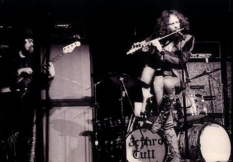 Ian anderson, voce e flauto traverso dei britannici Jethro Tull. Nata nel 1967 come gruppo blues, la band si orientò presto verso un originale progressive rock che li rese famosi in tutto il mondo. cult stories cultstories cinema cult story cultstory art culture music ipse dixit aneddoti citazioni frasi famose aforismi immagini foto personaggi cultura musica storie facts fatti celebrità vip cult spettacoli live performance concerto photo photography celebrity giornalismo scrittura libri genio pop icon attore cantante solista pittrice scultore attrice star diva sex symbol mito JethroTull Circus live ian anderson cult stories 4 jethro tull aqualung jethro tull bouree jethro tull discography jethro tull stand up jethro tull thick as a brick jethro tull vinadio jethro tull agronomo jethro tull live jethro tull ondarock jethro tull concerti jethro tull discografia jethro tull this was jethro tull album jethro tull aqualung traduzione jethro tull aqualung lyrics jethro tull aqualung live jethro tull a passion play jethro tull a vinadio jethro tull aqualung album jethro tull allmusic a jethro tull collection a jethro tull album a jethro tull wikipedia a jethro tull christmas aqualung a jethro tull a passion play jethro tull a christmas song jethro tull a classic case jethro tull a passion play jethro tull lyrics a christmas song jethro tull lyrics jethro tull à l'olympia jethro tull à genève jethro tull évènements à venir jethro tull benefit jethro tull budapest jethro tull best album jethro tull bouree spartito jethro tull broadsword jethro tull bologna 1973 jethro tull bungle in the jungle jethro tull bouree live jethro tull bouree traduzione testo jethro b tull /b jethro tull b sides jethro tull canzoni jethro tull cortona jethro tull chords jethro tull canzoni più famose jethro tull crest of a knave jethro tull christmas song jethro tull christmas album jethro tull cover jethro tull cuneo jethro tull c drill jethro tull discogs jethro tull debaser jethro tull download jethro tull discografia completa download jethro tull dark ages jethro tull dharma for one jethro tull documentary jethro tull discography download jethro tull drummer tenacious d jethro tull seminatrice di jethro tull significato di jethro tull canzoni di jethro tull chateau d'herouville jethro tull canzoni d'amore jethro tull chateau d'isaster jethro tull jethro tull d jethro tull elegy jethro tull essential jethro tull ebay jethro tull extended versions jethro tull european legacy jethro tull edinburgh jethro tull elegy tab jethro tull ears of tin jethro tull eurology jethro tull el nino chi è jethro tull jethro tull e pfm testi e traduzioni jethro tull testi e accordi jethro tull jethro tull e bach jethro tull eyes tony iommi e jethro tull quem e jethro tull l.e.m. jethro tull letra e musica jethro tull jethro tull flauto jethro tull forum jethro tull flauto traverso jethro tull full album jethro tull flute jethro tull flac jethro tull formazione jethro tull foto jethro tull fat man jethro tull farm on the freeway jethro tull guitar lesson jethro tull genova 1982 jethro tull guitar page jethro tull greensleeves jethro tull greatest hits jethro tull guitarist jethro tull god rest ye merry gentlemen jethro tull guitar tabs jethro tull group jethro tull guitar chords jethro tull g live guildford 8 may jethro tull heavy horses jethro tull hymn 43 jethro tull heavy horses recensione jethro tull heavy horses traduzione jethro tull hunting girl jethro tull hits jethro tull heavy horses lyrics jethro tull hymn 43 lyrics jethro tull home jethro tull heavy horses full album jethro tull italia jethro tull immagini jethro tull inventore jethro tull isola di wight jethro tull ian anderson jethro tull isle of wight 1970 jethro tull instrumental jethro tull inside jethro tull isle of wight jethro tull in concert jethro tull i jethro tull i a whistler jethro tull i locomotive breath jethro tull i danmark jethro tull i århus i jethro tull jethro tull jack a lynn jethro tull jack in the green jethro tull jeffrey goes to leicester square jethro tull jungle jethro tull jack frost and the hooded crow jethro tull jack in the green lyrics jethro tull john barleycorn jethro tull jumpstart jethro tull just trying to be jethro tull jeffrey j tull dot com jethro tull jethro tull karaoke jethro tull kashmir jethro tull king henry's madrigal jethro tull karaoke songs jethro tull kboing jethro tull kelpie jethro tull koncert jethro tull koblenz jethro tull konzerte 2014 jethro tull konzerte 2015 jethro tull logo jethro tull lyrics jethro tull locomotive jethro tull life is a long song jethro tull living with the past jethro tull live 2015 jethro tull live 2016 jethro tull locomotive breath testo jethro tull london symphony orchestra jethro tull jethro tull my god jethro tull mantova jethro tull mother goose jethro tull milano jethro tull my god lyrics jethro tull musica jethro tull mother goose lyrics jethro tull minstrel in the gallery jethro tull my sunday feeling jethro tull my god testo jethro tull m u the best of m u jethro tull m.youtube.com jethro tull jethro tull m.u.-the best of...vol.1 jethro tull nothing is easy jethro tull news jethro tull nothing is easy traduzione jethro tull nothing to say jethro tull new album jethro tull no lullaby jethro tull north sea oil jethro tull new day yesterday jethro tull nothing is easy lyrics jethro tull nursie jethro tull original masters jethro tull original album series jethro tull one brown mouse jethro tull official site jethro tull official website jethro tull origine del nome jethro tull orion jethro tull one white duck jethro tull on youtube jethro o tull ryan o'donnell jethro tull john o hara jethro tull o que significa jethro tull o que é jethro tull o que inventou jethro tull jack a lynn jethro tull o que quer dizer jethro tull o jethro tull acabou o que significa jethro tull em português best of jethro tull meaning of jethro tull pictures of jethro tull best of jethro tull songs best of jethro tull album lyrics of jethro tull photos of jethro tull ian of jethro tull meaning of jethro tull thick as a brick best of jethro tull anniversary collection jethro tull pronuncia jethro tull pavane jethro tull progarchives jethro tull padova 1982 jethro tull pdf jethro tull passion play jethro tull poster jethro tull pezzo più famoso jethro tull passion play lyrics jethro tull padova jethro tull quotes jethro tull quizlet jethro tull quizz kid jethro tull quiz jethro tull quartet jethro tull queen and country jethro tull quizz kid lyrics jethro tull quiz kid jethro tull quiz kid lyrics jethro tull queen and country lyrics jethro tull rock island jethro tull roots to branches jethro tull radio jethro tull requiem jethro tull recensione jethro tull rym jethro tull reasons for waiting jethro tull requiem traduzione jethro tull rocks on the road jethro tull rock opera jethro tull scaruffi jethro tull songs from the wood jethro tull significato jethro tull songs jethro tull song for jeffrey jethro tull seminatrice jethro tull sweet dream jethro tull steven wilson jethro tull serenade to a cuckoo jethro tull's jethro tull's ian anderson 2014 u.s. jethro tull convention jethro tull's martin barre & band jethro tull tour jethro tull torino jethro tull traduzione jethro tull thick as a brick traduzione jethro tull the very best of jethro tull the whistler jethro tull testi jethro tull ticketone t shirt jethro tull t rex jethro tull t rex vs jethro tull jethro tull t shirts ebay jethro tull t shirt uk jethro tull t shirts usa jethro tull t shirt ebay jethro tull t jethro tull t-paita jethro tull t shirt deutschland jethro tull up to me jethro tull up to me lyrics jethro tull up to me traduzione youtube jethro tull jethro tull up the pool jethro tull unplugged jethro tull up the pool lyrics jethro tull up to me tab jethro tull ukulele jethro tull up to me chords you jethro tull jethro tull video jethro tull vinile jethro tull velvet green jethro tull video musicali jethro tull vicenza 1973 jethro tull videos jethro tull vinyl jethro tull velvet green lyrics jethro tull vs metallica metallica vs jethro tull yes vs jethro tull eagles vs jethro tull genesis vs. jethro tull metallica vs jethro tull grammy rush vs jethro tull focus vs jethro tull camel vs jethro tull jethro tull v nitre jethro tull v olomouci jethro tull wikipedia jethro tull we used to know jethro tull wond'ring aloud jethro tull wind up jethro tull wond'ring aloud lyrics jethro tull whistler jethro tull we used to know lyrics jethro tull wond'ring aloud traduzione jethro tull we used to know traduzione jethro tull wind up traduzione jethro tull w polsce jethro tull w polsce 2014 jethro tull w dolinie charlotty jethro tull w polsce 2015 jethro tull xmas song jethro tull xmas album jethro tull xmas jethro tull xmas songs jethro tull azzano x jethro tull xviii coreopsis x jethro tull jethro tull youtube jethro tull youtube aqualung jethro tull youtube full album jethro tull youtube living in the past jethro tull youtube thick as a brick jethro tull youtube locomotive breath jethro tull youtube skating away jethro tull youtube channel jethro tull youtube teacher jethro tull youtube flute jethro tull y el faro de aqualung jethro tull y el faro de aqualung pdf jethro tull y las drogas hotel california y jethro tull jethro tull y metallica jethro tull zappa jethro tull zip jethro tull zippy jethro tull zürich jethro tull zürich 2014 jethro tull zagreb jethro tull zaaimachine jethro tull zespół jethro tull zene jethro tull zebra jethro tull 013 jethro tull one white duck / 0^10 = nothing at all jethro tull one white duck 010 nothing at all jethro tull 1701 jethro tull 1969 jethro tull 1972 jethro tull 17 jethro tull 1700 jethro tull 1970 jethro tull 1971 jethro tull 1973 jethro tull 1975 jethro tull 1989 grammy jethro tull 2016 jethro tull 2015 jethro tull 25th anniversary box set jethro tull 2014 jethro tull 2013 jethro tull 2014 tour jethro tull 2014 tour dates jethro tull 20 years jethro tull 2015 tour jethro tull 25th anniversary 4cd box set jethro tull taab2 dark souls 2 jethro tull under wraps 2 jethro tull jethro tull 365 jethro tull 320 discography jethro tull 320 jethro tull 365 radio jethro tull 36 greatest hits jethro tull 36 greatest hits volume 1 jethro tull 320 kbps jethro tull 300 jethro tull 36 all-time greatest hits jethro tull 365 online radio jethro tull 40th anniversary box set jethro tull 4 wheel drive jethro tull 40th anniversary tour jethro tull 40th anniversary collector's edition jethro tull 40th anniversary aqualung jethro tull 4wd jethro tull 43 jethro tull 45 giri jethro tull 40th aqualung 5 4 jethro tull jethro tull 4 dvd jethro tull 4 albums jethro tull 4 dvd set jethro tull 5.1 jethro tull 5/4 jethro tull 5 4 time jethro tull 5 album set review jethro tull 5 şubat jethro tull 5.1 mixes jethro tull 5 şubat 2015 jethro tull 5/4 song jethro tull 5 şubat bilet jethro tull 5 album set remastered top 5 jethro tull albums top 5 jethro tull songs 5 şubat jethro tull 5 facts about jethro tull 5 şubat 2015 jethro tull istanbul konseri jethro tull 5/4 time jethro tull 6360 jethro tull 6336 jethro tull stand up 69 jethro tull colston hall 6 may jethro tull's martin barre 6 december jethro tull stand up rs 6360 jethro tull 70's jethro tull 78 jethro tull 70s songs jethro tull 77 jethro tull live 78 jethro tull anni 70 jethro tull in italia anni 70 jethro tull that 70s show jethro tull la. coliseum 76 jethro tull hall for cornwall 7 october jethro tull 7 сентября jethro tull 80s jethro tull 8 track jethro tull 8mm jethro tull live hammersmith 84 jethro tull passion play edit 8 jethro tull live 82 jethro tull's ian anderson 8 september jethro tull live at hammersmith 84 rar 8.festiwal legend rocka jethro tull - ian anderson fish jethro tull 911tabs jethro tull beethoven's 9th symphony jethro tull 24 96 jethro tull beethoven's 9th jethro tull aqualung ilps 9145 jethro tull cambridge corn exchange 9 may jethro tull beethoven's 9th symphony (live 1977) jethro tull ilps 9085 jethro tull ilps 9123 jethro tull ilps 9103 jethro tull 10 great songs jethro tull 10 best songs guitars101 jethro tull jethro tull 10 great songs cd jethro tull 1080p jethro tull top 10 jethro tull top 10 songs jethro tull top 10 albums jethro tull chr 1003 jethro tull chr 1044 top 10 jethro tull songs top 10 jethro tull albums top 10 jethro tull 10 best jethro tull songs 10 great songs jethro tull top 10 best jethro tull songs 10 best jethro tull albums top 10 jethro tull albums list 10 facts about jethro tull