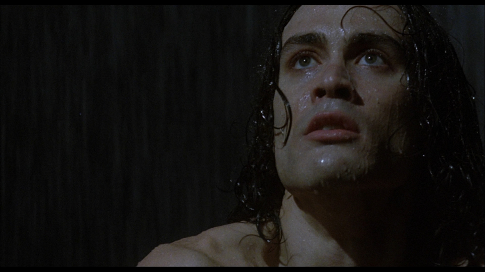 Brandon Lee in Il Corvo crow cult stories cinema mistero mafia triade omicidio leggenda morte