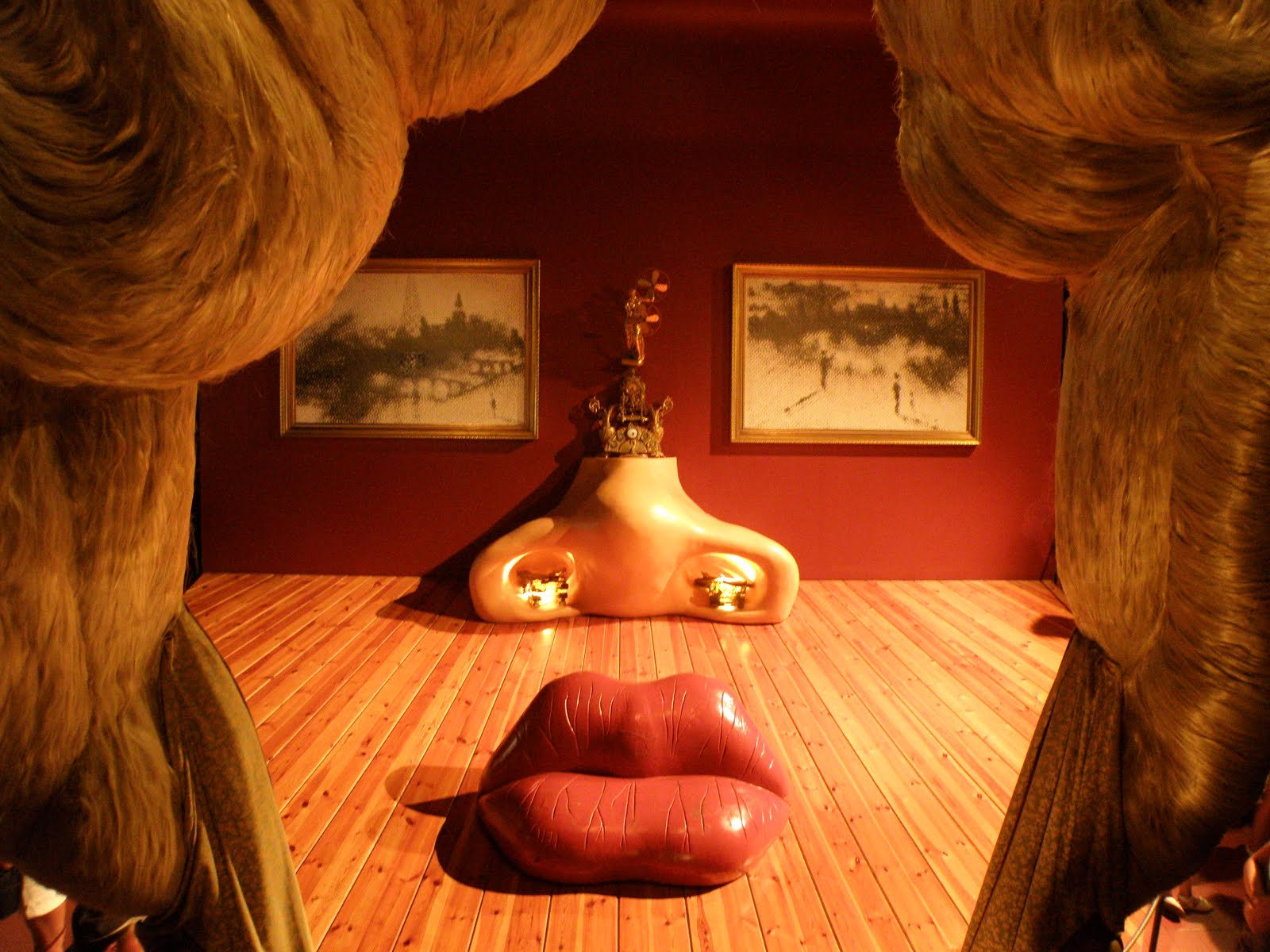Mae West Room Dali