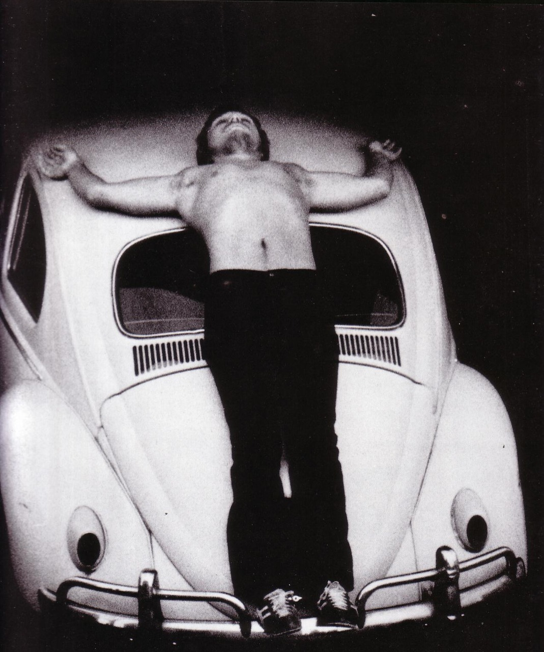 Chris Burden, Transfixed Durante la performance 'Transfixed', Chris Burden si fa letteralmente crocifiggere, su una Volkswagen Beetle, il famoso maggiolino, con dei chiodi infissi nelle mani a martellate. (Leggi l'articolo cliccando sul titolo della foto) cult stories cultstories cinema cult story cultstory art culture music ipse dixit aneddoti citazioni frasi famose aforismi immagini foto personaggi cultura musica storie facts fatti celebrità vip cult chris burden shoot chris burden artista chris burden wikipedia chris burden urban light chris burden extreme measures chris burden art chris burden performance chris burden interview chris burden flying steamroller chris burden velvet water chris burden urban light at lacma chris burden beam drop chris burden biography chris burden book chris burden b car chris burden bridges chris burden brandeis chris burden bed peace chris burden beam chris burden boeing 747 chris burden beam drop inhotim chris burden cars chris burden commercials chris burden coyote chris burden crawling through glass chris burden coyote stories chris burden chiropractor chris burden city chris burden.com chris cornell burden in my hand chris burden pizza city chris burden chris burden documentary chris burden disappearing chris burden david bowie chris burden beam drop 1984 chris burden of dracula chris burden beam drop brazil chris murray burden of disease chris burden beam drop inhotim 2008 chris burden extreme measures book chris burden exposing the foundation chris burden early life chris burden facebook chris burden full financial disclosure chris burden glass chris burden gagosian chris burden gallery chris burden ghost ship chris burden instagram chris burden icarus chris cornell burden in my hand acoustic who is chris burden chris burden joe the lion christopher burden jr christopher j burden chris burden lacma chris burden lights chris burden lamp posts chris burden linkedin chris burden life chris burden los angeles chris burden lacma urban light chris burden la chris burden metropolis ii video chris burden metropolis vimeo chris burden motorcycle chris burden magasin 3 chris burden new museum chris burden new york chris burden official website chris burden opere chris burden presents chris burden promo chris burden photography chris burden postmodernism chris burden poem for la chris burden porsche chris burden pdf chris burden quotes chris burden rugby chris burden review chris burden tv commercials chris burden tv hijack chris burden twitter chris burden tate chris burden the reason for the neutron bomb chris burden through night softly 1973 chris burden the other vietnam memorial chris burden usd chris burden ucla chris burden uc irvine chris burden urban light address chris burden ubuweb chris burden youtube chris burden urban lights chris burden volkswagen chris burden video chris burden video art chris burden vietnam memorial chris burden 2013