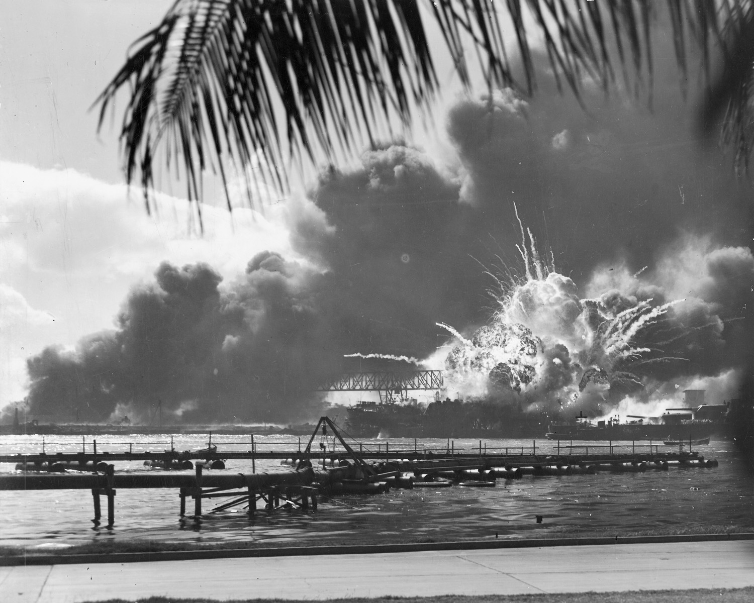 La USS Shaw esplode durante l'attacco a Pearl Harbor, il 7 dicembre 1941 cult stories cultstories cinema cult story cultstory art culture music ipse dixit aneddoti citazioni frasi famose aforismi immagini foto personaggi cultura musica storie facts fatti celebrità vip cult spettacoli live performance concerto photo photography celebrity giornalismo scrittura libri genio pop icon attore cantante solista pittrice scultore attrice star diva sex symbol pearl harbor movie pearl harbor memorial pearl harbor tickets pearl harbor day pearl harbor facts pearl harbor hawaii pearl harbor island hawaii pearl harbor map pearl harbor imdb pearl harbor casualties pearl harbor attack pearl harbor address pearl harbor attack scene pearl harbor admission pearl harbor address to the nation pearl harbor arizona pearl harbor attack facts pearl harbor aftermath pearl harbor attack timeline pearl harbor articles a pearl harbor fact sheet a pearl harbor timeline a pearl harbor drink a pearl harbor movie a new pearl harbor kamikaze a pearl harbor attack a pearl harbor tour a pearl harbor a cyber pearl harbor a base pearl harbor pearl harbor bombing pearl harbor bowling pearl harbor before the attack pearl harbor battleships pearl harbor books pearl harbor ben affleck pearl harbor base map pearl harbor base housing pearl harbor bike path pearl harbor bah b-17 pearl harbor attack b-25 pearl harbor b 52 pearl harbor b-24 at pearl harbor harold b estes pearl harbor hawaii john b earle pearl harbor harold b estes pearl harbor jackson b davis pearl harbor lyndon b johnson pearl harbor b o pearl harbor pearl harbor conspiracy pearl harbor cast pearl harbor commissary pearl harbor closed pearl harbor christian academy pearl harbor cocktail pearl harbor causes pearl harbor cost pearl harbor church of christ triple c's pearl harbor francis c flaherty pearl harbor c est quoi pearl harbor pearl harbor c est où pearl harbor c. film pearl harbor date pearl harbor drink pearl harbor deaths pearl harbor death toll pearl harbor documentary pearl harbor day 2015 pearl harbor dress code pearl harbor dbq pearl harbor danny d day pearl harbor d day pearl harbor facts d miller pearl harbor d day pearl harbor attack d day vs pearl harbor franklin d roosevelt pearl harbor speech franklin d roosevelt pearl harbor quotes franklin d roosevelt pearl harbor speech text franklin d roosevelt pearl harbor speech video pearl harbor d day invasion pearl harbor elementary pearl harbor essay pearl harbor events pearl harbor effects pearl harbor exchange pearl harbor entrance fee pearl harbor exhibit pearl harbor ending pearl harbor emoji pearl harbor end date e noa pearl harbor tour beteja e pearl harbor e club pearl harbor e bombing of pearl harbor husband e kimmel pearl harbor hiroshima e pearl harbor onde e pearl harbor dove e pearl harbor o que e pearl harbor hiroshima e nagasaki pearl harbor pearl harbor film pearl harbor fcu pearl harbor footage pearl harbor for kids pearl harbor false flag pearl harbor fitness center pearl harbor full movie online pearl harbor fun facts pearl harbor faith hill f 22 pearl harbor f.d.r pearl harbor speech john f kennedy pearl harbor pearl harbor gym pearl harbor gift shop pearl harbor games pearl harbor gym hours pearl harbor google maps pearl harbor ghosts pearl harbor gif pearl harbor gov pearl harbor golf course pearl harbor groupon annie g fox pearl harbor janey g. blue pearl harbor pearl harbor hours pearl harbor hi pearl harbor homes pearl harbor honolulu pearl harbor historic sites pearl harbor hickam pearl harbor housing pearl harbor heroes pearl harbor hawaii map station h pearl harbor pearl harbor h.p willmott pearl harbor island pearl harbor information pearl harbor in hawaii pearl harbor itt pearl harbor images pearl harbor info pearl harbor interesting facts pearl harbor invasion pearl harbor id card is pearl harbor open is pearl harbor on netflix is pearl harbor a national park is pearl harbor in honolulu is pearl harbor in hawaii is pearl harbor a naval base is pearl harbor world war 2 is pearl harbor an island is pearl harbor a conspiracy is pearl harbor a book pearl harbor jobs pearl harbor jokes pearl harbor japanese planes pearl harbor japanese leader pearl harbor joint base pearl harbor jennifer garner pearl harbor josh hartnett pearl harbor july 4 2015 pearl harbor jag pearl harbor journal entry j edgar hoover pearl harbor clark j simmons pearl harbor survivor a j barker pearl harbor pearl harbor kai pearl harbor kamikaze pearl harbor killed pearl harbor kai elementary school reviews pearl harbor kiss pearl harbor known in advance pearl harbor kai arrest pearl harbor kimmel pearl harbor kilo pier pearl harbor kid facts operation k pearl harbor k on pearl harbor richmond k turner pearl harbor soundtrack k filmu pearl harbor hudba k filmu pearl harbor pearl harbor location pearl harbor lesson plan pearl harbor losses pearl harbor legal office pearl harbor love scene pearl harbor lemon lot pearl harbor laundromat pearl harbor library pearl harbor love story pearl harbor list of dead pearl l'harbor l attacco di pearl harbor l'histoire de pearl harbor l'attaque de pearl harbor résumé l'attaque de pearl harbor film l'affaire pearl harbor l'attacco a pearl harbor riassunto l'attore di pearl harbor l'après pearl harbor pearl harbor movie cast pearl harbor museum pearl harbor movie summary pearl harbor mwr pearl harbor movie online pearl harbor monument pearl harbor memorial bridge pearl harbor movie quotes kenneth m taylor pearl harbor pearl harbor m steven m gillon pearl harbor pearl harbor m-1080p pearl harbor naval base pearl harbor naval shipyard pearl harbor national park pearl harbor news pearl harbor newspaper pearl harbor netflix pearl harbor navy base pearl harbor now pearl harbor nurses pearl harbor navy lodge attack on pearl harbor rock'n'roll pearl harbor rock n roll pearl harbor 歌詞 pearl harbor n'était pas possible pearl harbor oahu pearl harbor online pearl harbor on what island pearl harbor official site pearl harbor outcome pearl harbor oahu tickets pearl harbor open pearl harbor overview pearl harbor oil pearl harbor opening hours of pearl harbor pearl of harbor movie pearl of harbor cast spaghettios pearl harbor attack on pearl harbor facts history of pearl harbor attack on pearl harbor game pictures of pearl harbor summary of pearl harbor pearl harbor president pearl harbor primary sources pearl harbor photos pearl harbor psd pearl harbor passport pearl harbor park pearl harbor powerpoint pearl harbor pass and id pearl harbor planes pearl harbor pics p-40 pearl harbor p-36 pearl harbor p-40b pearl harbor p-40 pearl harbor survivor p-26 pearl harbor p-51 pearl harbor p-40b pearl harbor survivor p-40 warhawk pearl harbor p-51 mustang pearl harbor academy p-36 pearl harbor pearl harbor quotes pearl harbor quizlet pearl harbor questions pearl harbor quotes movie pearl harbor quick facts pearl harbor quizlet apush pearl harbor quote fdr pearl harbor quarterdeck pearl harbor quick summary pearl harbor que paso mini q pearl harbor pearl harbor q and a pearl harbor q bridge q pais ataco pearl harbor o q foi pearl harbor o q é pearl harbor q paso despues de pearl harbor q paso en pearl harbor pearl harbor reservations pearl harbor rating pearl harbor review pearl harbor restaurants pearl harbor retaliation pearl harbor recipe pearl harbor revenge pearl harbor radar pearl harbor running time pearl harbor reason sterling r cale pearl harbor survivor robert r scott pearl harbor pearl harbor speech pearl harbor ships pearl harbor survivors pearl harbor soundtrack pearl harbor sucked pearl harbor song pearl harbor significance pearl harbor shipyard pearl harbor story pearl harbor survivors association u.s. pearl harbor casualties u.s.s. pearl harbor mervyn s bennion pearl harbor george s welch pearl harbor u.s. navy pearl harbor pearl harbor s trouve pearl harbor tours pearl harbor the movie pearl harbor trailer pearl harbor two hours that changed the world pearl harbor today pearl harbor time pearl harbor theme song pearl harbor tour reviews pearl harbor tour hours t-mobile pearl harbor pearl harbor t.h at&t store pearl harbor pearl harbor t john t flynn pearl harbor earl t williams pearl harbor pearl harbor uss arizona pearl harbor uniform shop pearl harbor us history pearl harbor uss pearl harbor us president pearl harbor uss oklahoma pearl harbor underwater pearl harbor us history definition pearl harbor uniform store hours pearl harbor under attack pearl harbor youtube u.s. response to pearl harbor u.s. retaliation of pearl harbor u.s. reaction to pearl harbor u.s. fighters at pearl harbor u.s. naval headquarters pearl harbor u.s.s. case pearl harbor pearl harbor video pearl harbor visit pearl harbor visitor center pearl harbor victims pearl harbor vacation pearl harbor veterans pearl harbor visitor center parking pearl harbor vision center pearl harbor vocabulary pearl harbor video game v day pearl harbor pearl harbor v válka v pearl harbor herci v pearl harbor miniponorky v pearl harboru pearl harbor v českém znění letadla v pearl harbor pearl harbor ww2 pearl harbor war pearl harbor weather pearl harbor ww2 definition pearl harbor wikipedia pearl harbor webquest pearl harbor website pearl harbor what year pearl harbor what island pearl harbor what happened 5 w's pearl harbor gordon w prange pearl harbor george w bush pearl harbor ilu zginelo w pearl harbor co wydarzyło się w pearl harbor muzyka w pearl harbor wraki w pearl harbor wydarzenia w pearl harbor pearl harbor w skrócie lotniskowce w pearl harbor pearl harbor xmovies8 pearl harbor x reader pearl harbor credit union camp x pearl harbor x band radar pearl harbor x words for pearl harbor japan x reader pearl harbor pearl habor x factor x factor remember pearl harbor pearl harbor x hiroshima x factor das unfassbare pearl harbor pearl harbor year pearl harbor yelp pearl harbor yacht club pearl harbor yahoo pearl harbor youth sports pearl harbor yamamoto pearl harbor ymca pearl harbor yahoo answers pearl harbor youtube movie y did japan attack pearl harbor pearl harbor y pearl harbor and hiroshima bomba atomica y pearl harbor pearl harbor y la segunda guerra mundial franklin d. roosevelt in pearl harbor pearl harbor y sus consecuencias conspiracion roosevelt y pearl harbor isoroku yamamoto y pearl harbor pearl harbor y las bombas atomicas pearl harbor zip code pearl harbor zero hour pearl harbor zero hour download pearl harbor zip code map pearl harbor zero hour game pearl harbor zero pearl harbor zero hour windows 7 pearl harbor zero hour cheats pearl harbor zero hour online pearl harbor zero hour pc game download operation z pearl harbor piosenka z pearl harbor muzyka z pearl harbor danny z pearl harbor letadla z pearl harbor muzyka z filmu pearl harbor youtube hudba z filmu pearl harbor hudba z pearl harbor melodia z pearl harbor soundtrack z pearl harbor pearl harbor 0755 pearl harbor 12/07/41 pearl harbor hawaii 5 0 pearl harbor hawaii five-0 pearl harbor 02 pearl harbor 04 segundos catastroficos pearl harbor cineblog01 hawaii 5 0 pearl harbor episode hawaii five 0 pearl harbor hawaii 5 0 pearl harbor hawaii five 0 pearl harbor episode hawaii 5 0 pearl harbor vets hawaii five 0 pearl harbor vets pearl harbor 1941 pearl harbor 1941 facts pearl harbor 1945 pearl harbor 1940 pearl harbor 1080p pearl harbor 1941 apush pearl harbor 10k pearl harbor 1947 pearl harbor 1941 newspaper article pearl harbor 1943 1. pearl harbor gift shop sdvt 1 pearl harbor 1 channel pearl harbor mdsu 1 pearl harbor 1 700 pearl harbor diorama squadron 1 pearl harbor building 1 pearl harbor sbx-1 pearl harbor regulus 1 pearl harbor bldg 1 pearl harbor pearl harbor 2001 pearl harbor 2015 pearl harbor 24 hours after pearl harbor 2001 full movie pearl harbor 2 pilots pearl harbor 2016 pearl harbor 2001 imdb pearl harbor 2001 review pearl harbor 2015 fireworks pearl harbor 2015 4th of july emoji 2 pearl harbor il 2 pearl harbor unforgiven 2 pearl harbor arma 2 pearl harbor namru 2 pearl harbor ww2 pearl harbor 2 pilots pearl harbor il 2 pearl harbor mission wave 2 pearl harbor pool 2 pearl harbor pearl harbor 3rd wave pearl harbor 3d pearl harbor 3d model pearl harbor 300mb pearl harbor 3gp pearl harbor 3gp movie download pearl harbor - 3 japanese mistakes pearl harbor 3rd grade pearl harbor 3gp mobile movie pearl harbor 3/18 nswg 3 pearl harbor battlefield 3 pearl harbor 3 battleships pearl harbor 3 facts pearl harbor red alert 3 pearl harbor 3 causes of pearl harbor 3 reasons why pearl harbor was attacked 3 effects of pearl harbor 3 ships sunk pearl harbor 3 mistakes of pearl harbor pearl harbor 4th of july pearl harbor 4th of july fireworks pearl harbor 4th of july concert pearl harbor 4th of july 2015 concert pearl harbor 4th of july car show pearl harbor 4th july 2015 pearl harbor 4th of july celebration 2015 pearl harbor 4th of july events pearl harbor 4th of july 2012 pearl harbor 4th of july 2013 4. pearl harbor july 4 pearl harbor gta 4 pearl harbor december 4 pearl harbor 4 facts about pearl harbor silent hunter 4 pearl harbor dry dock 4 pearl harbor 4 battleships sunk at pearl harbor march 4 1942 pearl harbor pearl harbor 4/18 pearl harbor 5ws pearl harbor 5 facts pearl harbor 5th grade pearl harbor 5 dollar coin pearl harbor 50th anniversary silver coin pearl harbor 5 paragraph essay pearl harbor 50th anniversary pearl harbor 50th anniversary coin pearl harbor $5 commemorative coin pearl harbor 50th anniversary commemorative chronicle 5 pearl harbor facts $5 pearl harbor coin 5 dollar pearl harbor coin december 5 pearl harbor midget sub 5 pearl harbor 5 causes of pearl harbor 5 ships sunk pearl harbor 5 myths about pearl harbor 5 mini subs pearl harbor pearl harbor 60th anniversary commemorative edition pearl harbor 60th anniversary commemorative dvd gift set pearl harbor 60th anniversary commemorative coins pearl harbor 65th anniversary coin pearl harbor 60th anniversary commemorative edition vhs pearl harbor 60th anniversary coins pearl harbor 65 years later pearl harbor 6/18 pearl harbor 60th anniversary silver coin pearl harbor 60th anniversary zippo nepmu 6 pearl harbor december 6 pearl harbor nepmu 6 pearl harbor phone number navenpvntmedu 6 pearl harbor 6 december 1941 pearl harbor 6 facts about pearl harbor 6 aircraft carriers pearl harbor 6 months after pearl harbor 6 japanese aircraft carriers pearl harbor 6 carriers that attacked pearl harbor pearl harbor 75th anniversary pearl harbor 75th anniversary parade pearl harbor 75th anniversary 2016 pearl harbor 70 years later pearl harbor 7 december 1941 pearl harbor 720p pearl harbor 720p mkv pearl harbor 72nd anniversary pearl harbor 71st anniversary pearl harbor 70th anniversary december 7 pearl harbor dec 7 pearl harbor remembrance day december 7 pearl harbor facts squadron 7 pearl harbor december 7 pearl harbor quotes december 7 pearl harbor attack december 7 pearl harbor day quotes dec 7 pearl harbor quotes dec 7 pearl harbor speech september 7 pearl harbor pearl harbor 8 point plan pearl harbor 8 battleships pearl harbor 8/18 pearl harbor 8 step plan pearl harbor 8 diciembre pearl harbor december 8 1941 pearl harbor dec 8 1941 pearl harbor part 8/18 pearl harbor december 8 pearl harbor (2001) brrip 800mb december 8 pearl harbor 8 battleships pearl harbor 8 facts about pearl harbor 8 points bulletin pearl harbor 8 ships at pearl harbor 8 step plan pearl harbor december 8 1941 pearl harbor kilo 8 pier pearl harbor 8 american battleships at pearl harbor pearl harbor 9/11 pearl harbor 9 11 conspiracy pearl harbor 9/18 pearl harbor 9 11 deaths pearl harbor 96860 pearl harbor 9 11 differences pearl harbor 9/11 casualties pearl harbor vs 9 11 pearl harbor and 9 11 venn diagram pearl harbor and 911 differences 9/11 pearl harbor 9 11 pearl harbor compare contrast december 9 pearl harbor 9/11 pearl harbor venn diagram building 9 pearl harbor 9/11 vs pearl harbor 9 11 new pearl harbor 9 11 vs pearl harbor deaths 9 11 and pearl harbor differences 9 11 another pearl harbor pearl harbor 10 facts pearl harbor 1080p yify pearl harbor 1080p kickass pearl harbor 1080p dts pearl harbor 10k 2014 pearl harbor 1080p tpb pearl harbor 1010 dock pearl harbor 10/18 10 pearl harbor facts i-10 pearl harbor memorial highway top 10 pearl harbor movies 10 questions about pearl harbor 10 10 dock pearl harbor 10 things about pearl harbor december 10 1941 pearl harbor pearl harbor 10 10 unusual facts about pearl harbor
