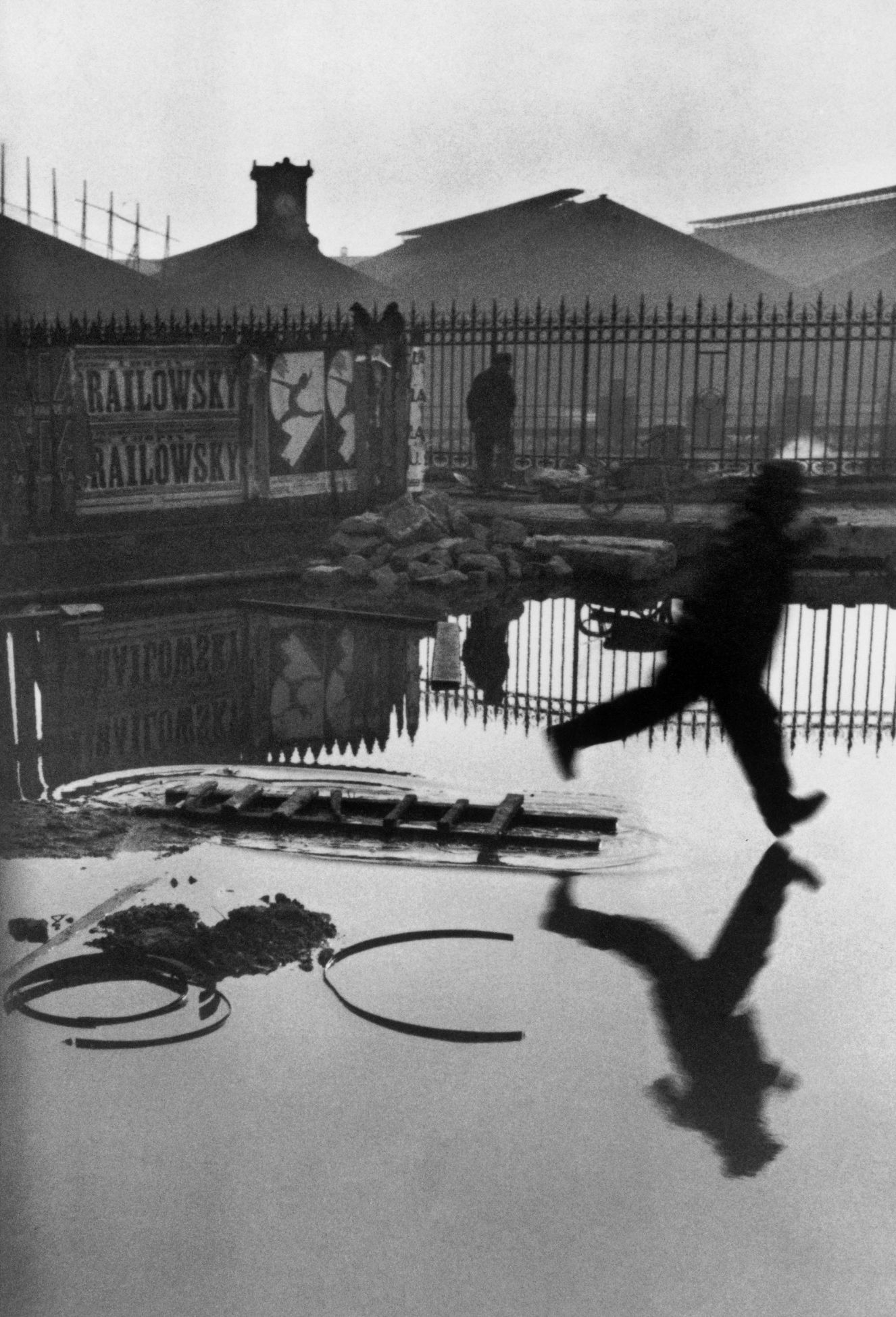 Henri Cartier Bresson - Behind Saint Lazare Train Station - Paris (1932) cult photo magnum press foto iconica agenzia di stampa cult stories cultstories Suggestion Expanded sub-suggestions henri cartier bresson henri cartier bresson photos henri cartier bresson fondation henri cartier bresson biographie henri cartier bresson oeuvre henri cartier bresson bruxelles Henri Cartier Bresson a henri cartier bresson appareil photo henri cartier-bresson amazon henri cartier bresson autoportrait henri cartier bresson alberto giacometti henri cartier bresson analyse photo henri cartier bresson analyse henri cartier bresson au centre pompidou henri cartier bresson assouline henri cartier bresson albert camus henri cartier bresson agence magnum Henri Cartier Bresson b henri cartier bresson biographie henri cartier bresson bruxelles henri cartier bresson biographie courte henri cartier bresson beaubourg henri cartier bresson brasserie lipp henri cartier bresson berlin henri cartier bresson bibliographie henri cartier bresson bali henri cartier bresson blog henri cartier bresson bnf Henri Cartier Bresson c henri cartier bresson clement cheroux henri cartier bresson centre pompidou henri cartier bresson courte biographie henri cartier bresson catalogue henri cartier bresson critique henri cartier bresson courant artistique henri cartier bresson contacts henri cartier-bresson.com henri cartier bresson centre henri cartier bresson camera Henri Cartier Bresson d henri cartier bresson decisive moment henri cartier bresson decisive moment book henri cartier bresson decisive moment quote henri cartier bresson documentary henri cartier bresson decisive moment pdf henri cartier bresson drawings henri cartier bresson downtown new york henri cartier-bresson dvd Henri Cartier Bresson e henri cartier bresson expo bruxelles henri cartier bresson expo henri cartier bresson en mexico henri cartier bresson ebay henri cartier bresson et ses oeuvres henri cartier bresson et giacometti henri cartier bresson en madrid henri cartier bresson equipment henri cartier bresson en brie henri cartier bresson english Henri Cartier Bresson f henri cartier bresson fondation henri cartier bresson femme henri cartier bresson facebook henri cartier bresson film henri cartier bresson famille henri cartier bresson fnac henri cartier bresson front populaire henri cartier bresson photos henri cartier bresson frases henri cartier bresson fotografo Henri Cartier Bresson g henri cartier bresson gare saint lazare henri cartier bresson gallery henri cartier bresson greece henri cartier bresson gandhi henri cartier bresson gear henri cartier bresson geometry henri cartier bresson giacometti henri cartier bresson georges pompidou henri cartier bresson giacometti 1961 henri cartier bresson gestapo Henri Cartier Bresson h henri cartier bresson histoire des arts henri cartier bresson hyeres henri cartier-bresson history henri cartier bresson hayatı henri cartier bresson himself henri cartier bresson historia henri cartier-bresson high resolution henri cartier-bresson how to pronounce fondation henri cartier bresson horaires henri cartier bresson photographe humaniste Henri Cartier Bresson j henri cartier bresson japan henri cartier bresson jean paul sartre henri cartier bresson jean renoir henri cartier bresson japon henri cartier bresson jeune henri cartier bresson jeunesse henri cartier-bresson just plain love henri cartier bresson juvisy henri cartier bresson jean clair henri cartier bresson jump Henri Cartier Bresson k henri cartier-bresson kyoto henri cartier bresson kimdir henri cartier bresson ken rockwell henri cartier bresson karar anı henri cartier bresson karar anı pdf henri cartier-bresson kamera henri cartier bresson kitapları henri cartier bresson kiss henri cartier-bresson książka henri cartier-bresson kaufen Henri Cartier Bresson l henri cartier bresson leica henri cartier bresson livre henri cartier bresson le locle henri cartier bresson le mur de berlin hda henri cartier bresson le mur de berlin Henri Cartier Bresson n henri cartier bresson new york henri cartier bresson newcastle henri cartier bresson new york 1947 henri cartier bresson nord henri cartier bresson nord pas de calais henri cartier bresson nederlands henri cartier bresson nacionalidad henri cartier bresson photography names henri cartier bresson national geographic henri cartier-bresson (new horizons) Henri Cartier Bresson o henri cartier bresson oeuvre henri cartier bresson objectif henri cartier bresson.org henri cartier bresson on martin parr henri cartier bresson on facebook henri cartier bresson open culture henri cartier bresson official site henri cartier bresson on photography henri cartier bresson online gallery henri cartier bresson on the decisive moment Henri Cartier Bresson p henri cartier bresson photos henri cartier bresson pompidou henri cartier bresson paris henri cartier bresson portrait henri cartier bresson paysages henri cartier bresson photo poche henri cartier bresson pompidou livre henri cartier bresson poster Henri Cartier Bresson q henri cartier bresson quotes henri cartier-bresson citation henri cartier bresson quote decisive moment henri cartier bresson question of colour henri cartier-bresson quotes the decisive moment henri cartier bresson quotes on street photography henri cartier-bresson quotes in french henri cartier bresson quotes 10 000 henri cartier bresson quotes sharpness henri cartier bresson quotes leica Henri Cartier Bresson r henri cartier bresson rue mouffetard henri cartier bresson retrospective henri cartier bresson ramana maharshi henri cartier bresson reportage henri cartier bresson robert capa henri cartier bresson roumanie henri cartier bresson robert doisneau henri cartier-bresson ratna mohini henri cartier bresson rome henri cartier bresson russie Henri Cartier Bresson s henri cartier bresson style henri cartier bresson street photography henri cartier bresson self portrait henri cartier bresson spiral staircase henri cartier bresson staircase henri cartier bresson seville henri cartier bresson scrapbook henri cartier bresson soviet union henri cartier bresson shanghai 1949 henri cartier bresson shutter speed Henri Cartier Bresson t henri cartier bresson tour eiffel henri cartier bresson tumblr henri cartier bresson technique henri cartier bresson tete a tete henri cartier bresson taschen henri cartier bresson truman capote henri cartier bresson the var department henri cartier-bresson the decisive moment pdf henri cartier bresson the decisive moment book henri cartier bresson the decisive moment quote Henri Cartier Bresson u henri cartier bresson umbrella henri cartier bresson urss henri cartier bresson usa new york city manhattan downtown 1947 henri cartier bresson urban photography Henri Cartier Bresson v henri cartier bresson video henri cartier bresson velodrome henri cartier bresson vive la france henri cartier bresson valencia henri cartier bresson voyage henri cartier bresson vilaine mouche henri cartier bresson vie henri cartier bresson valence 1933 henri cartier bresson valence henri cartier bresson vimeo Henri Cartier Bresson w henri cartier bresson wiki henri cartier bresson wallpaper henri cartier bresson wiki fr henri cartier bresson washington henri cartier bresson west germany henri cartier bresson walker evans photographing america henri cartier bresson which leica henri cartier bresson work henri cartier bresson wife henri cartier bresson what camera Henri Cartier Bresson y henri cartier bresson your first 10000 henri cartier bresson youtube youtube henri cartier bresson henri cartier bresson your first henri cartier-bresson y el momento decisivo henri cartier bresson young Henri Cartier Bresson z henri cartier-bresson zitate henri cartier-bresson zdjęcia cult stories cultstories cinema cult story cultstory art culture music ipse dixit aneddoti citazioni frasi famose aforismi immagini foto personaggi cultura musica storie facts fatti celebrità vip cult spettacoli live performance concerto photo photography celebrity giornalismo scrittura libri genio pop icon attore cantante solista pittrice scultore attrice star diva sex symbol
