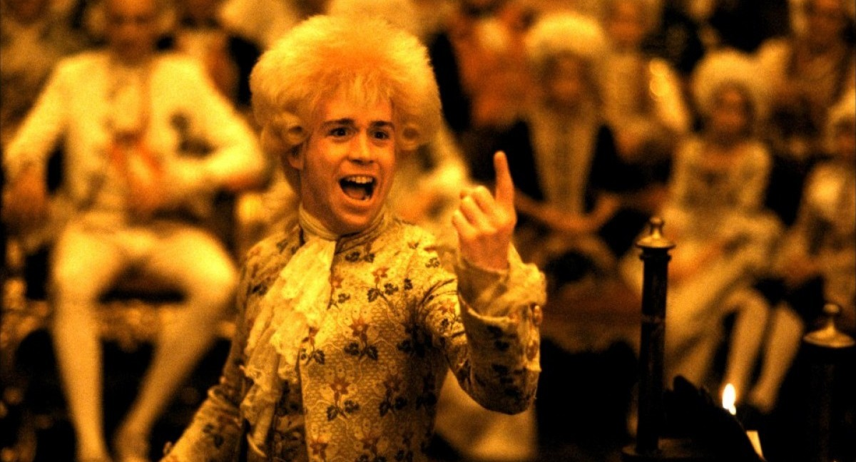 Amadeus film cinema Mozart Tom Hulce cult F. Murray Abraham cult stories classical music opera cultstories.altervista.org