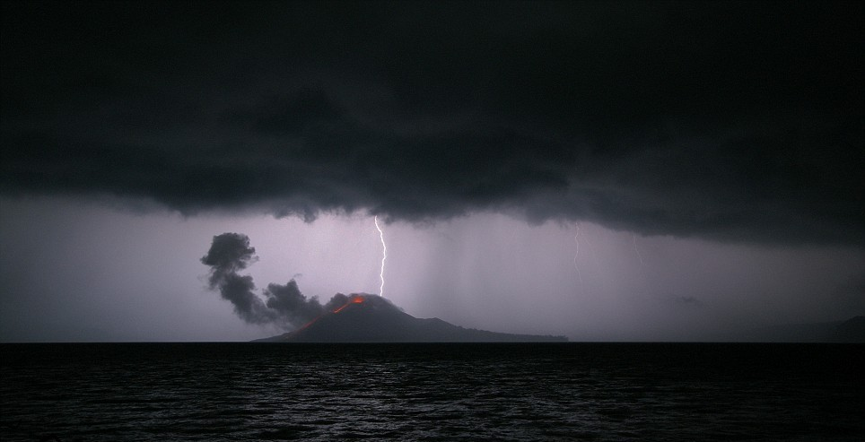 Il Krakatoa ai giorni nostri, ripreso dal fotografo Marco Fulle. Il 27 agosto del 1883 il vulcano, situato sull'omonima isola indonesiana, esplose in quello che viene ricordato come il più devastante dei fenomeni vulcanici dell'era moderna. cult stories cultstories cinema cult story cultstory art culture music ipse dixit aneddoti citazioni frasi famose aforismi immagini foto personaggi cultura musica storie facts fatti celebrità vip cult spettacoli live performance concerto photo photography celebrity giornalismo scrittura libri genio pop icon attore cantante solista pittrice scultore attrice star diva sex symbol mito Cult Stories Krakatoa Fulle volcano lightning eruzione fotografia vulcano lampo nubi storm tempesta krakatoa nirwana resort krakatoa lampung krakatoa 1883 krakatoa movie krakatoa kitchen krakatoa youtube krakatoa kitchen kudus krakatoa history krakatoa resort lampung krakatoa tour krakatoa anyer krakatoa animation krakatoa age krakatoa ash cloud anak krakatau rakata adventure krakatoa and fumefx krakatoa article krakatoa articles krakatoa and realflow is krakatoa a volcano map krakatau is krakatoa a caldera a description of krakatoa krakatoa a est di giava krakatoa a l'est de java krakatoa a l'est de java film krakatoa a est di java krakatoa a merignac krakatoa a est di giava film krakatoa book krakatoa bbc krakatoa before and after krakatoa book simon winchester krakatoa beach krakatoa band krakatoa by simon winchester krakatoa before eruption krakatoa blue moon krakatoa bbc film krakatoa b-52s krakatoa captain magma krakatoa carnage mp3 krakatoa cottage lampung krakatoa c4d krakatoa cinema 4d krakatoa cafe krakatoa carnage download krakatoa caldera krakatoa coffee krakatoa carnage junkie kid mp3 krakatoa documentary krakatoa decibels krakatoa design krakatoa death toll krakatoa drink krakatoa dice game krakatoa definition krakatoa download krakatoa deaths krakatoa deaf krakatoa eruption krakatoa east of java krakatoa east of java trailer krakatoa east of java full movie krakatoa explosion video krakatoa east of java (1969) krakatoa eruptions krakatoa east of java full movie youtube krakatoa erruption krakatoa eruption 1883 tsunami e mallette krakatoa vulcano krakatoa e l'urlo di munch o que e krakatoa krakatoa e tamborra krakatoa film krakatoa facts krakatoa forum krakatoa free download krakatoa for maya krakatoa fun facts krakatoa for cinema 4d krakatoa for 3ds max 2013 krakatoa fumefx krakatoa for c4d krakatoa game krakatoa golden hill krakatoa gif krakatoa god zoa krakatoa geology krakatoa global cooling krakatoa growing krakatoa god krakatoa geography krakatoa google earth g krakatau g krakatau meletus letusan g krakatau sejarah g krakatau misteri g krakatau legenda g.krakatau anak g krakatau krakatoa hotel krakatoa history channel krakatoa hair krakatoa how the earth was made krakatoa history of eruptions krakatoa holiday krakatoa how was it formed krakatoa holidays krakatoa how it erupted krakatoa island krakatoa imdb krakatau information facts krakatoa indonesia krakatoa information krakatoa interesting facts krakatoa island facts krakatoa in 1883 krakatoa install krakatoa islands krakatau i krakatoa krakatoa java krakatoa java map krakatoa joke krakatoa junkie kid krakatoa johanna beijerinck krakatoa johanna krakatoa jardins krakatoa jakarta krakatoa java indonesia krakatoa junior cricket bat krakatoa katie krakatoa kalianda resort krakatoa katie mighty mouse cartoon krakatoa kcm krakatoa katie lyrics krakatoa kind of volcano krakatoa carnage junkie kid krakatoa lampung resort krakatoa location krakatoa last days krakatoa last eruption date krakatoa lava type krakatoa loudest sound ever krakatoa located krakatoa location map krakatoa llc krakatoa l'éruption du siècle krakatoa l'éruption du millénaire l'ile krakatoa l'éruption du krakatoa l'esplosione del krakatoa l'explosion du krakatoa l'eruption du krakatoa in 1883 l'explosion du krakatoa in 1883 l'éruption du krakatoa près de sumatra en 1883 krakatoa l'erruption du millenaire krakatoa mountain krakatoa maya download krakatoa movies krakatoa march 31 2014 krakatoa myths krakatoa movie free download krakatoa mp3 krakatoa motherboard krakatoa maya krakatoa national geographic krakatoa next eruption krakatoa newspaper article krakatoa national park krakatoa nightclub krakatoa nightclub durban krakatoa nightclub sibaya krakatoa now krakatoa news krakatoa on map krakatoa output krakatoa on world map krakatoa or krakatau krakatoa original mix krakatoa o inferno de java krakatoa vs tambora krakatoa (original mix) carnage junkie kid krakatoa online krakatoa on pbs krakatoa o inferno de java dublado krakatoa o inferno de java dublado download krakatoa o inferno de java download krakatoa o inferno de java filme krakatoa o inferno de java online krakatoa o filme krakatoa o vulcão krakatoa o dia em que a terra explodiu krakatoa o inferno de java dvd krakatoa particles krakatoa productions krakatoa plugin 3ds max krakatoa plugin krakatoa pictures krakatoa particle krakatoa pbs krakatoa partitioning krakatoa pictures 1883 krakatoa painting hp krakatoa motherboard hp krakatoa p krakatoa east of java krakatoa quotes krakatoa que tipo de volcan es krakatoa quick facts krakatoa quiz krakatoa questions krakatoa que es krakatoa que paso krakatoa que significa krakatoa questions and answers krakatoa quality q es krakatoa krakatoa resort krakatoa resort kalianda lampung krakatoa resort anyer krakatoa resources krakatoa rendering krakatoa render krakatoa reconstruction krakatoa resort kalianda krakatoa rutracker krakatoa r.d.m. verbeek krakatoa squidward krakatoa spongebob krakatoa software krakatoa stone bali krakatoa simon winchester krakatoa srt krakatoa sound krakatoa sr2 krakatoa succession krakatoa story krakatoa the last days krakatoa the last days download krakatoa trip krakatoa the last days movie krakatoa the last days full movie krakatoa trailer krakatoa the day the world exploded krakatoa the last days (2006) krakatoa tourism krakatoa t shirt krakatoa urban dictionary krakatoa uniformes krakatoa ubicacion krakatoa usgs krakatoa ultima erupcion krakatoa ultimele zile krakatoa ulisse krakatoa uberlandia krakatoa utbruddet krakatoa ubicacion geografica krakatoa volcano krakatoa volcano of destruction krakatoa volcano eruption 1883 krakatoa volcano in indonesia documentary krakatau vs tambora krakatoa volcano eruption krakatoa volcano in indonesia krakatoa volcano facts krakatoa video krakatoa volcano 1883 mv krakatoa mv krakatoa tenggelam civ v krakatoa civilization v krakatoa mv putri krakatoa mv putri krakatoa tenggelam mv putri krakatau kecelakaan krakatoa wikipedia krakatoa west of java krakatoa weapon krakatoa winchester krakatoa where is it located krakatoa wikitravel krakatoa weather krakatoa what happened krakatoa width krakatoa witness krakatoa x-particles krakatoa xforce krakatoa xforce.lic krakatoa xsi krakatoa xmesh krakatoa xforce crack krakatoa cities xl xenodream krakatoa krakatoa 2013 xforce krakatoa york restaurant krakatoa youtube eruption krakatoa year of worst eruption krakatoa yt krakatoa york krakatoa yanardağı krakatoa york menu krakatoa year without a summer krakatoa york opening times volcan popocatepetl y krakatoa tambora y krakatoa krakatoa y los tsunamis krakatoa y pompeya vesubio y krakatoa popocatepetl y krakatoa krakatoa y vray krakatoa zoa krakatoa zoa for sale krakatoa z depth krakatoa zoanthid krakatoa zuma blitz krakatoa zippy krakatoa zoanthid polyp krakatoa zoa ebay krakatoa zx spectrum krakatoa zoanthus krakatoa z depth pass krakatoa error 0xb3e32901 krakatoa 05100 volcan krakatoa 01 krakatoa 1883 facts krakatoa 1883 eruption facts krakatoa 1883 tsunami krakatoa 1.6 krakatoa 1883 volcanic eruption krakatoa 1883 survivors krakatoa 1883 video krakatoa 1883 death toll krakatoa 1883 eruption video krakatoa 1 of 2 krakatoa 1 krakatoa 1/2 zip krakatoa 2014 krakatoa 2015 krakatoa 2012 krakatoa 2014 eruption krakatoa 200 megatons krakatau 2012 eruption krakatoa 2006 krakatoa 2013 3ds max krakatoa 2012 3ds max krakatoa 2.1 krakatoa 2 mx krakatoa 2 krakatoa 2 yacht krakatoa mx 2 krakatoa 2 crack krakatoa_2_1_mx.rar krakatoa 2 download krakatoa mx 2.1 1 victoria 2 krakatoa houdini 2 krakatoa krakatoa 3ds max download krakatoa 3ds max 2013 krakatoa 3ds max 2014 crack krakatoa 3ds max 2014 download krakatoa 3ds max 2013 download krakatoa 3ds max krakatoa 3d krakatoa 3ds max 2014 krakatoa 3d max krakatoa 3ds max 2012 krakatoa 3 volcanic peaks le krakatoa 3 avenue victor hugo 33700 merignac 3 facts about krakatoa le krakatoa 3 av. victor hugo 33700 mérignac le krakatoa 3 avenue victor hugo merignac krakatoa 48 rue des tabellions briançon francia krakatoa 416 ad krakatoa 48 rue des tabellions krakatoa 416 krakatoa 4 tent 4 krakatoa close smithfield krakatoa cinema 4d tutorial krakatoa cinema 4d plugin gelert krakatoa 4 channel 4 krakatoa bbc 4 krakatoa bbc 4 krakatoa revealed 4 facts about krakatoa gelert krakatoa 4 man tent krakatoa 535 krakatoa 535 eruption krakatoa 5 facts krakatoa 525 krakatoa 553 krakatoa explosion in 535 ad 5 krakatoa close smithfield 5 krakatoa close krakatoa civ 5 newbery krakatoa 5 star civ 5 krakatoa civilization 5 krakatoa civ 5 krakatoa fix newbery krakatoa 5 star junior newbery krakatoa 5 star junior cricket bat newbery krakatoa 5 star review krakatoa 6th century gelert krakatoa 6 krakatoa eruption 6th century 7 krakatoa close tunnel krakatoa 78a tunnel krakatoa 78a review yodelice krakatoa 7 décembre louis bertignac krakatoa 7 novembre krakatoa 7 tunnel krakatoa 81a review tunnel krakatoa 81a morcheeba krakatoa 8 novembre krakatoa 92102 9 krakatoa close smithfield krakatoa 3ds max 9 line 90 krakatoa krakatoa 10 facts krakatoa 100 bullets krakatoa 10 novembre 10 krakatoa facts 10 facts on krakatoa volcano 10 agosto 1883 krakatoa