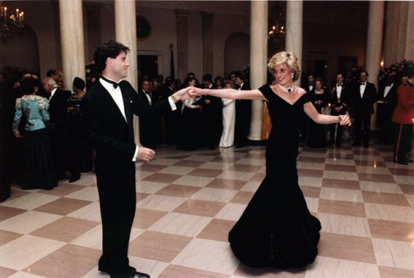 John_Travolta_and_Princess_Diana-cult-stories