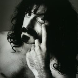 Zappa infiamma il casinò, i Deep Purple scrivono Smoke on the Water
