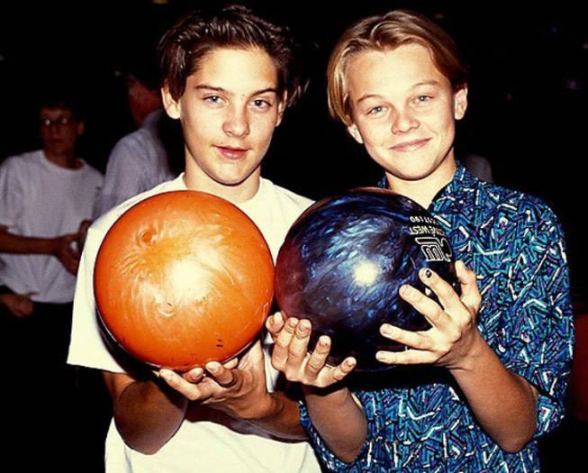 Young Leonardo Dicaprio and Tobey Maguire bowling (1989) cult cinema cult stories cultstories.altervista.org